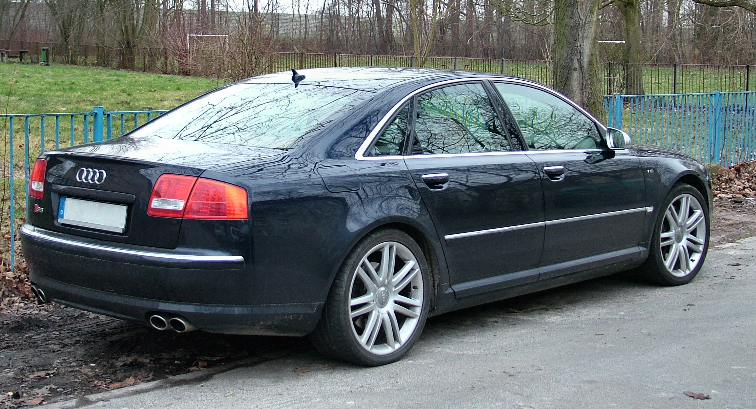 Kelebihan Kekurangan Audi S8 2008 Review
