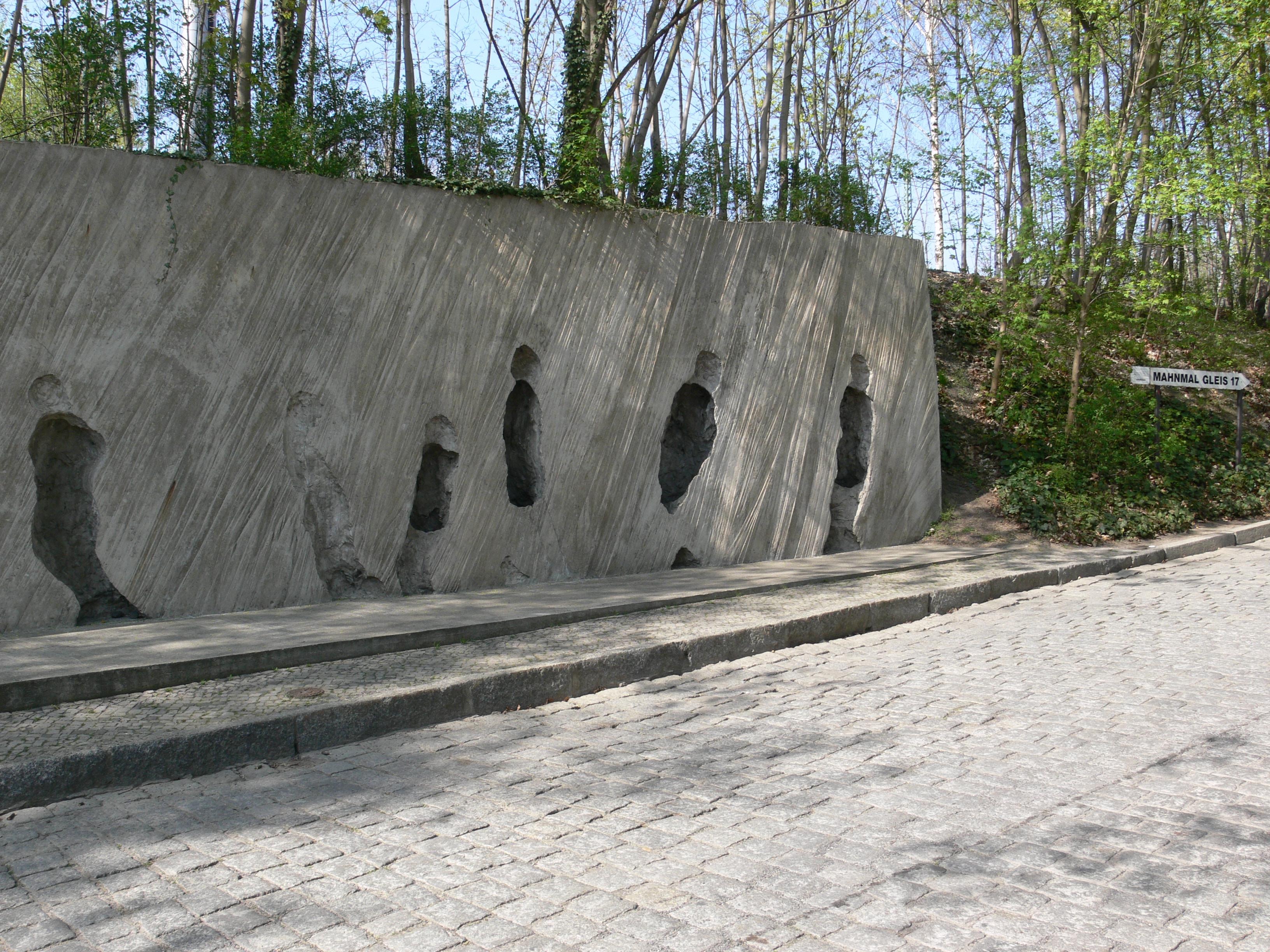 Memorial do Holocausto Gleis 17, na estação de Trem em Berlim.