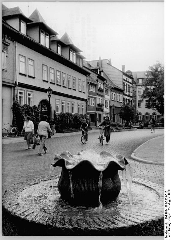 datei bundesarchiv bild 183 1988 0829 012 arnstadt wikipedia. Black Bedroom Furniture Sets. Home Design Ideas