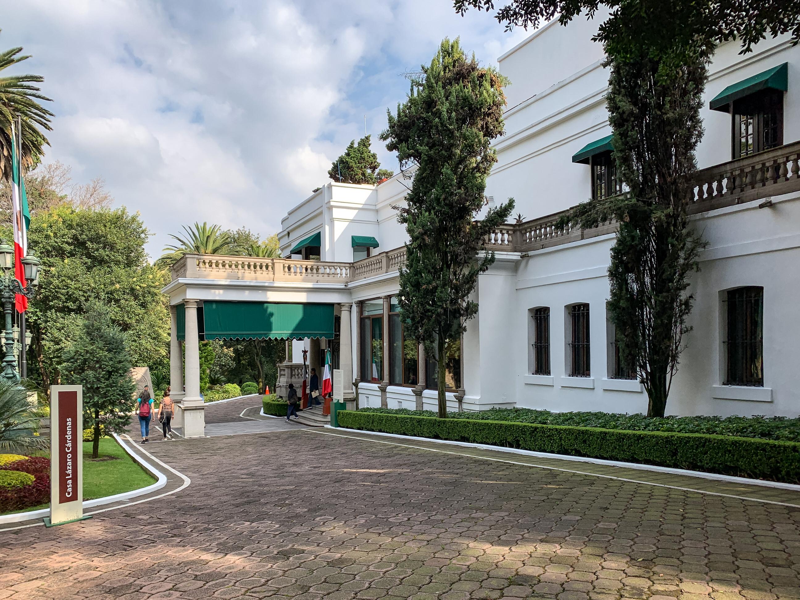 Archivo casa lazaro cardenas los pinos 2018 mexico wikipedia la enciclopedia libre - Casa los pinos ...