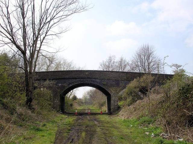 Chester - Fairfield Road bridge - geograph.org.uk - 793771