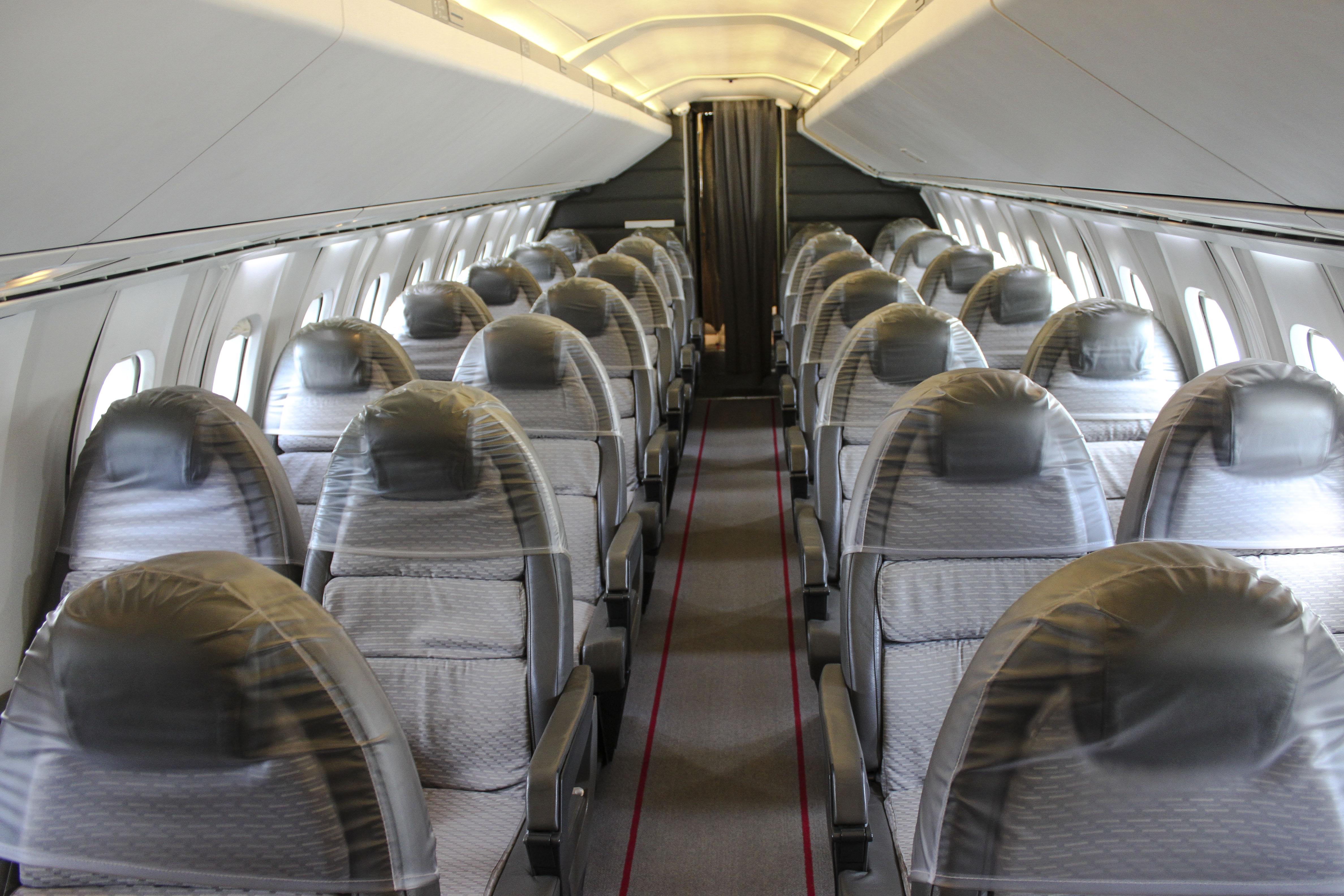 File:Concorde Cabin Interior