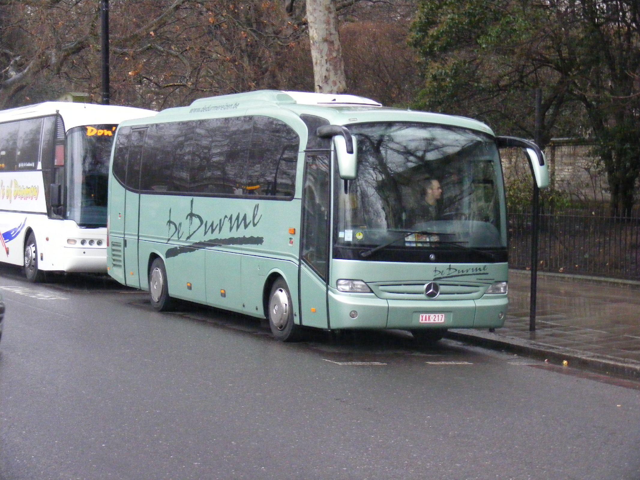 File de durme reizen lokeren belgium mercedes benz for Mercedes benz belgium
