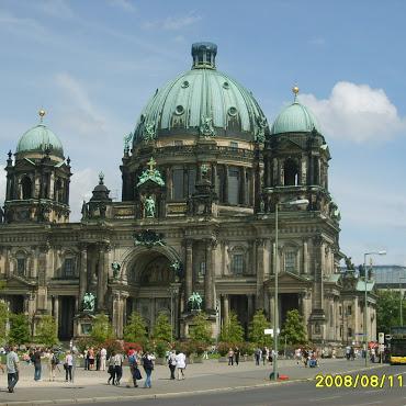 Zu Berlin