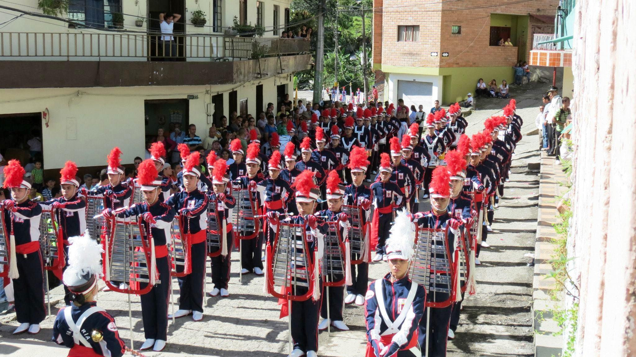 File Fanfarria Genesis Banda De Marcha Jpg Wikimedia Commons