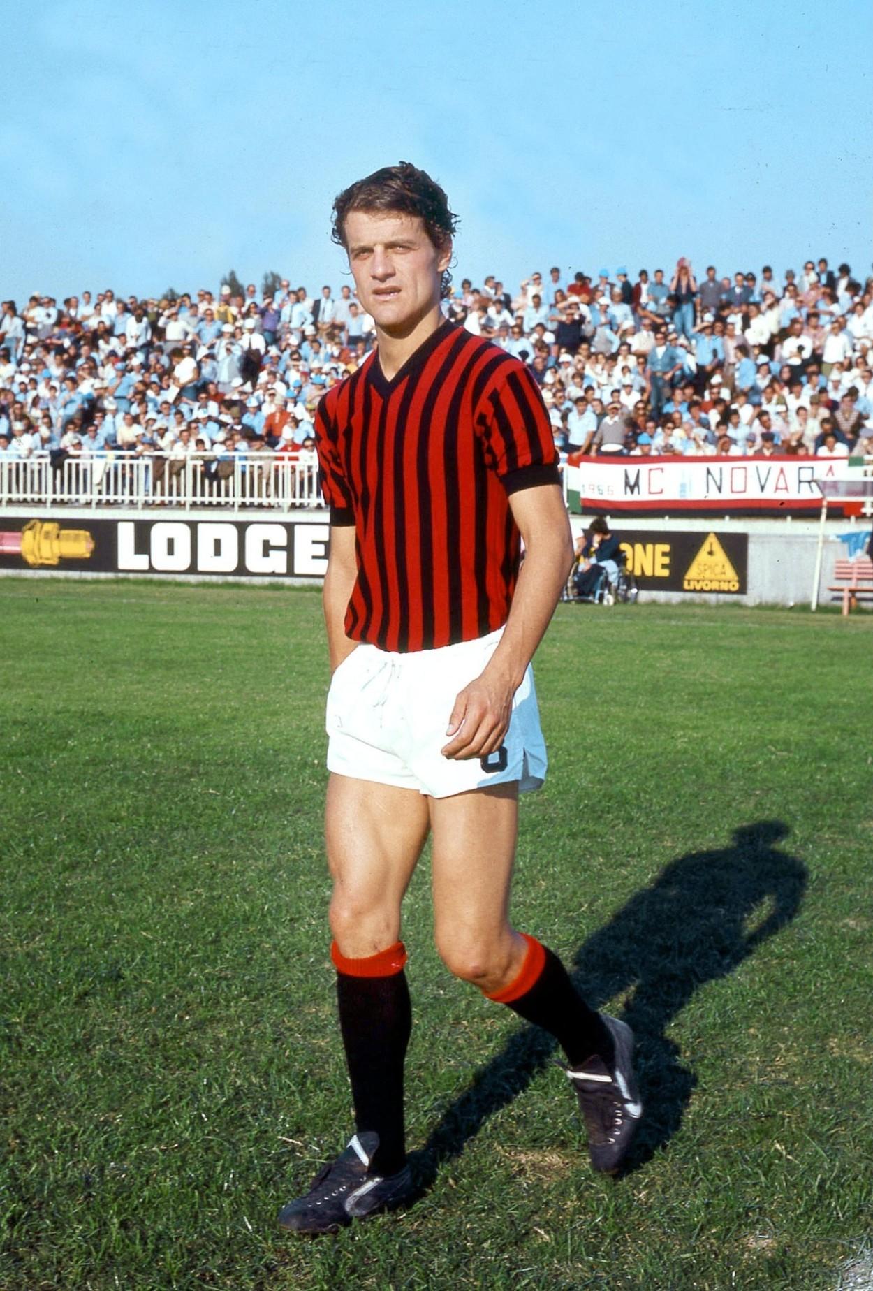 Colori e simboli dell'Associazione Calcio Milan - Wikipedia