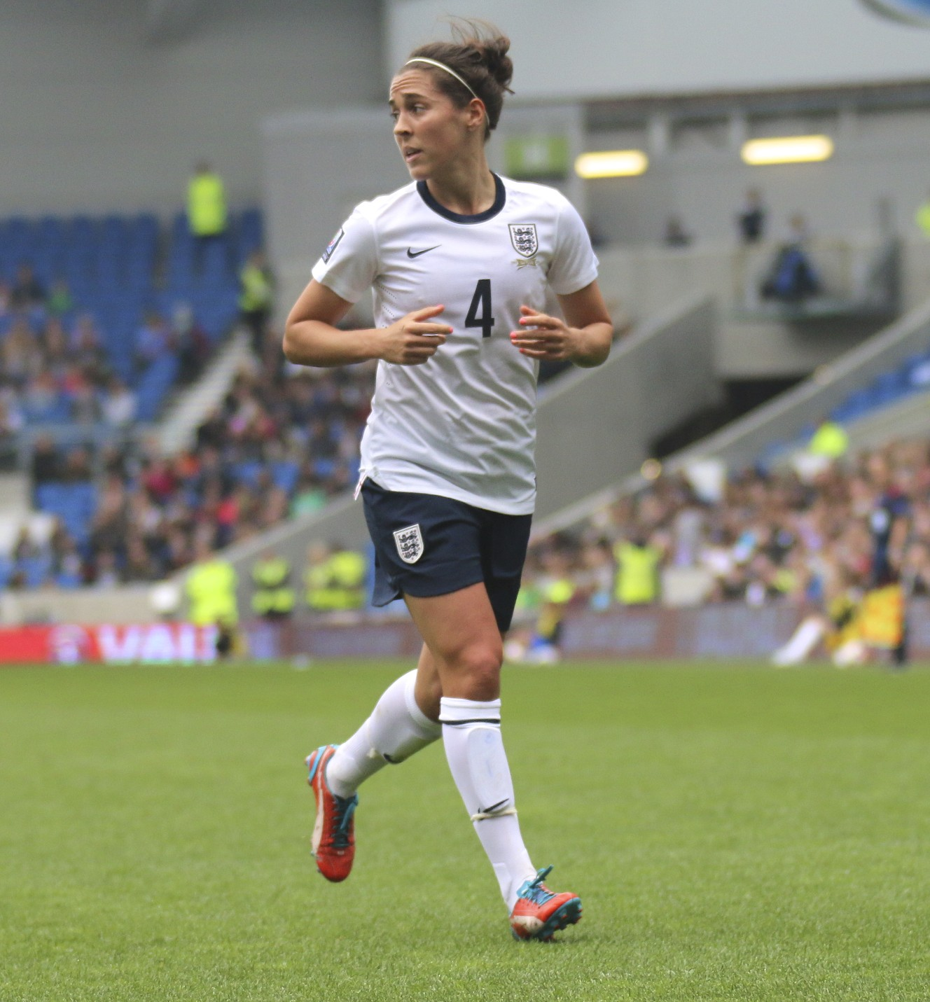 Fara Williams is England s most capped player and second highest goalscorer  with 40 goals in 165 appearances since 2001. 18cc80e5b2
