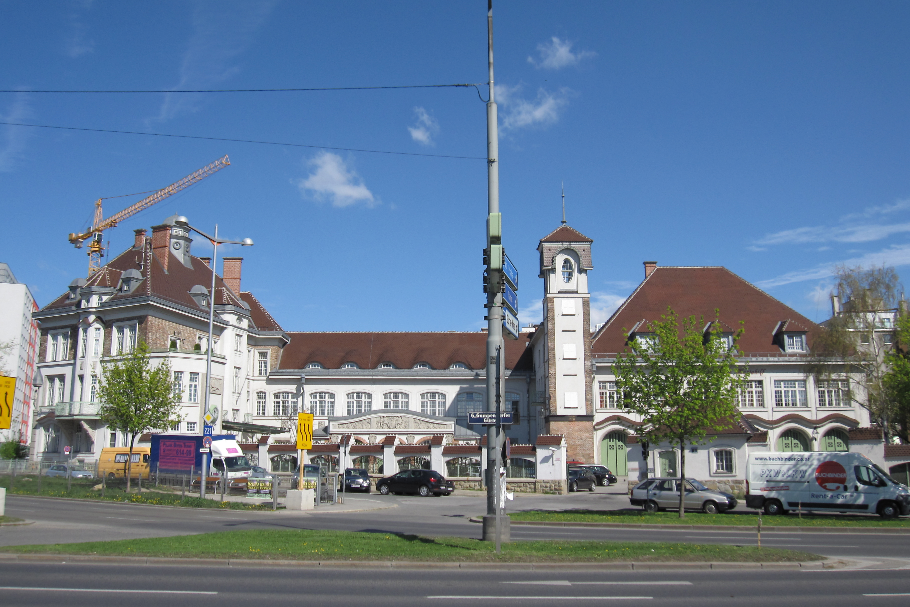 Hauptfeuerwache Mariahilf Vienna.JPG