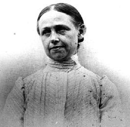 Isabelle Rimbaud (1860-1917), hermana menor de Arthur Rimbaud. Tras la dolorosa agonía de Rimbaud, Isabelle le escribió a su madre: «Ya no es un pobre réprobo el que morirá cerca de mí. Es un justo, un santo, un mártir, un elegido».