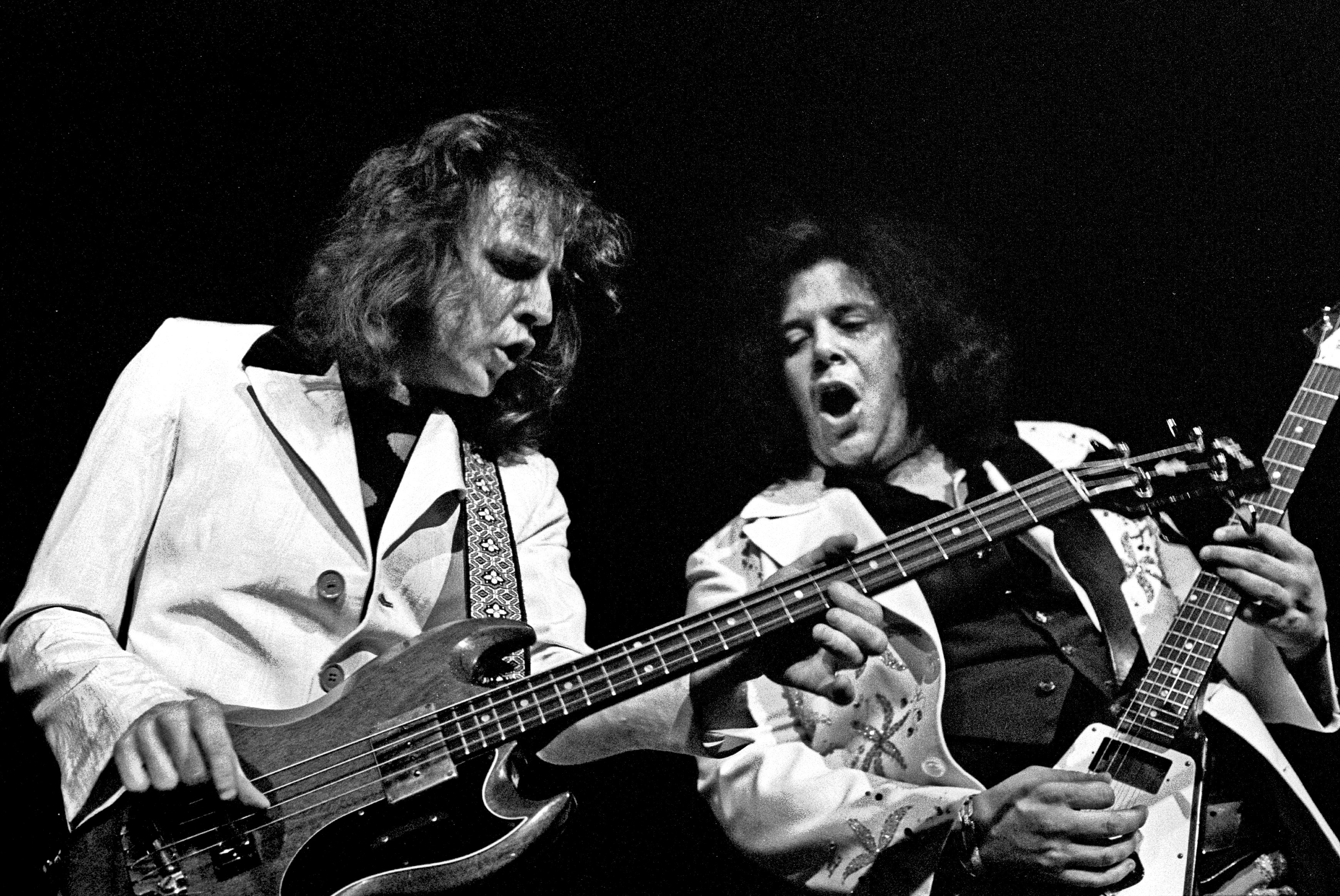 File:Jack Bruce and Leslie West.jpg - Wikimedia Commons
