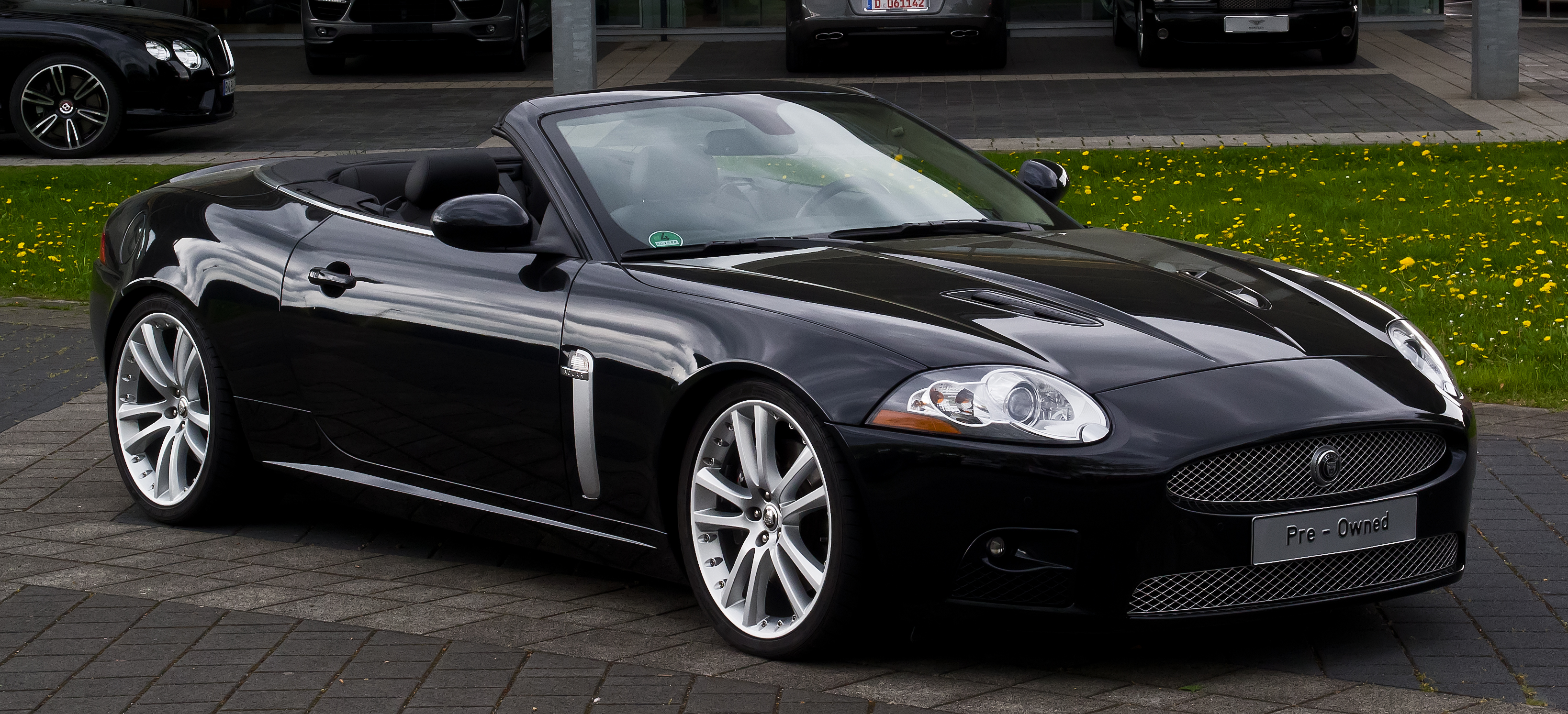 file jaguar xkr cabriolet x150 frontansicht 1 10 mai 2013 d wikimedia. Black Bedroom Furniture Sets. Home Design Ideas