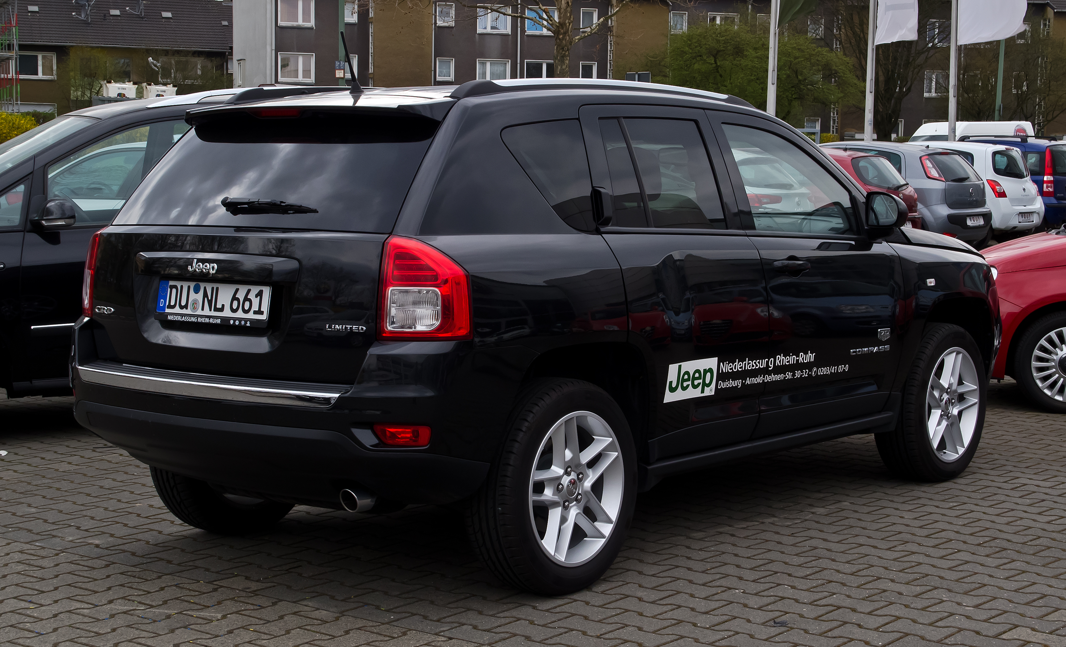 datei jeep compass 2 2 crd limited 70th anniversary edition facelift heckansicht 1 april. Black Bedroom Furniture Sets. Home Design Ideas