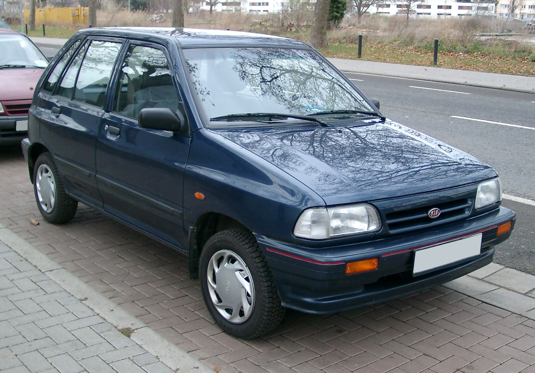 Cars Under 2000 >> File:Kia Pride front 20071204.jpg - Wikimedia Commons