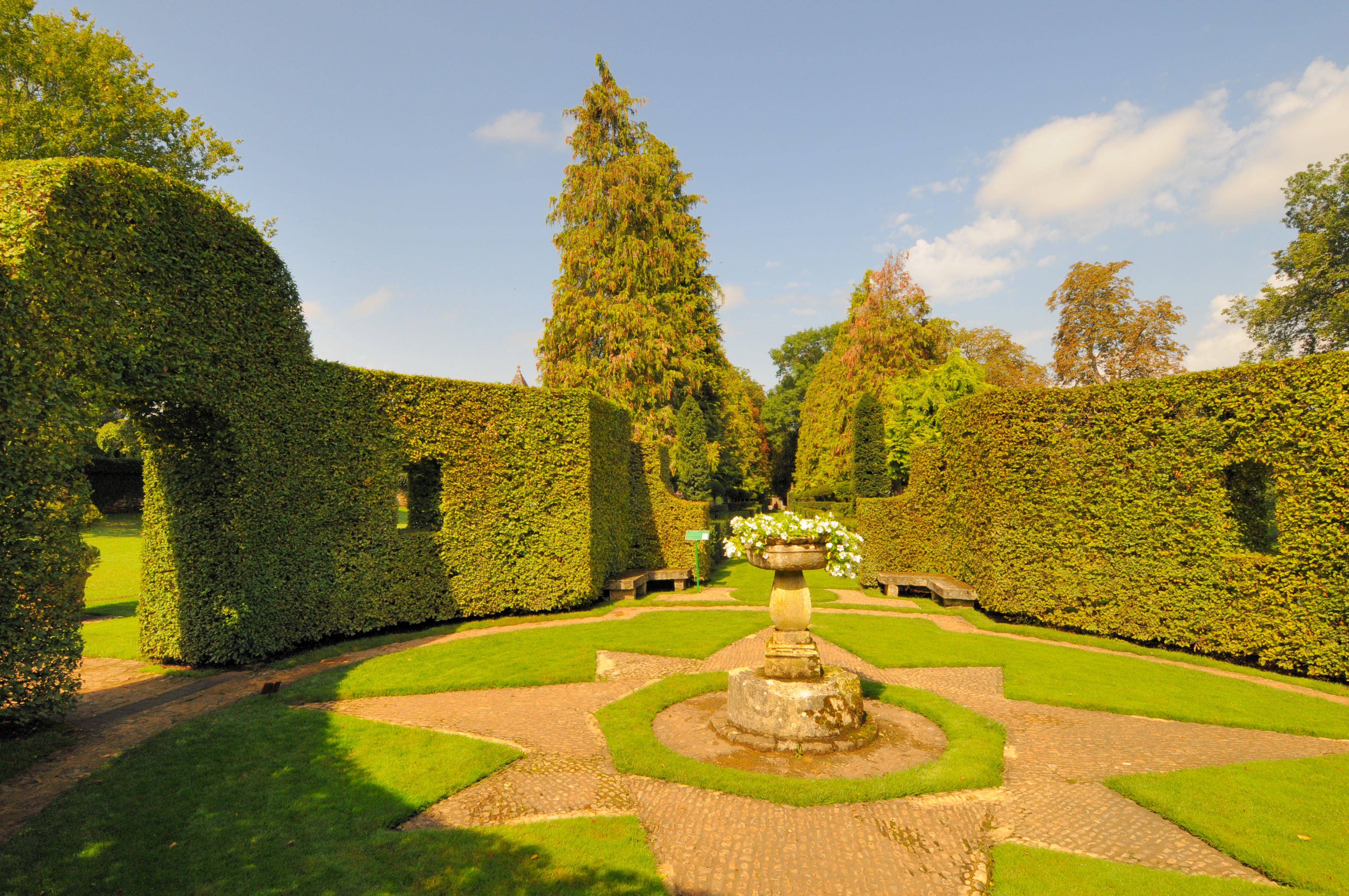 File les jardins du manoir d eyrignac - Jardins du manoir d eyrignac ...