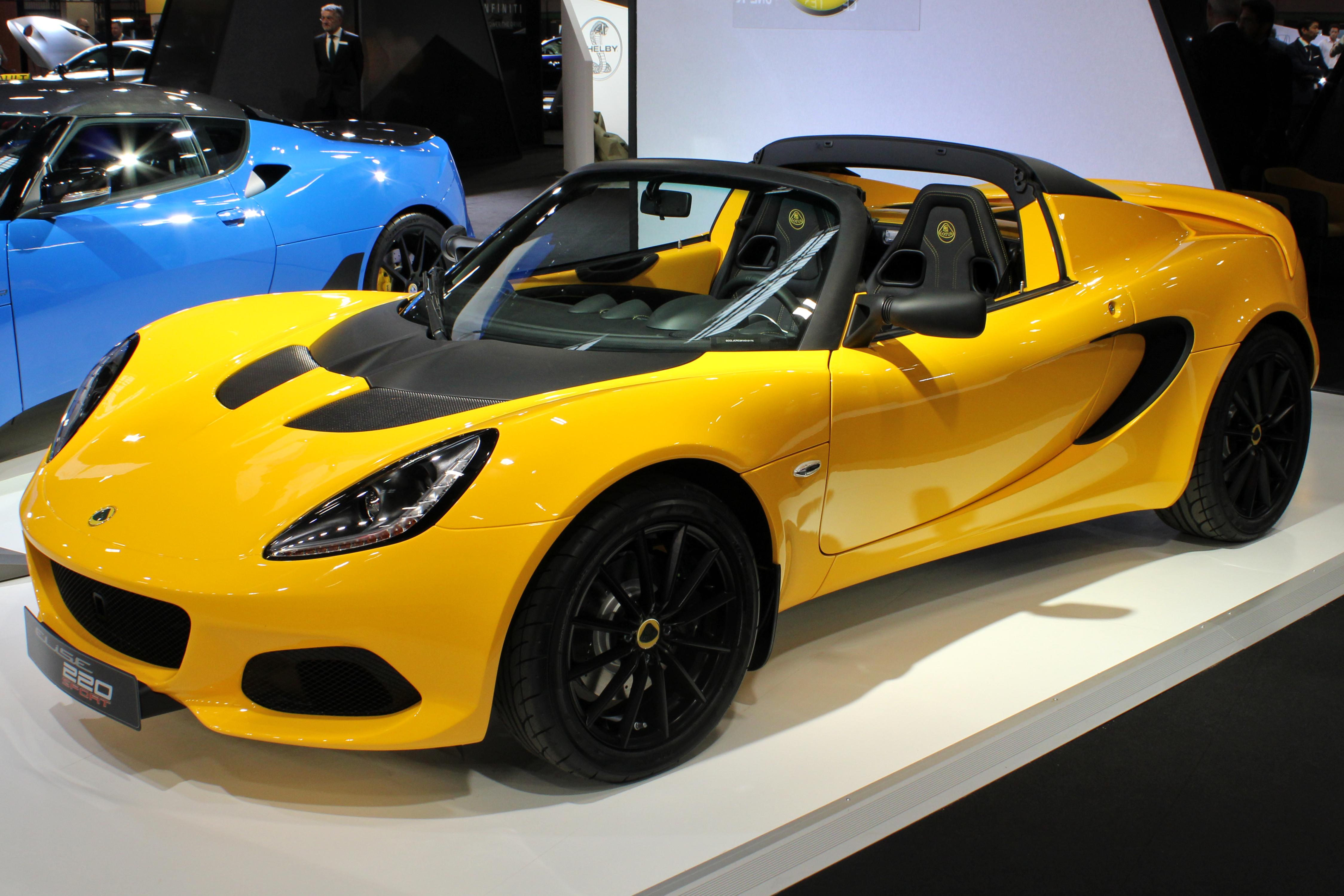 File:Lotus Elise Sport 220, Paris Motor Show 2018, IMG
