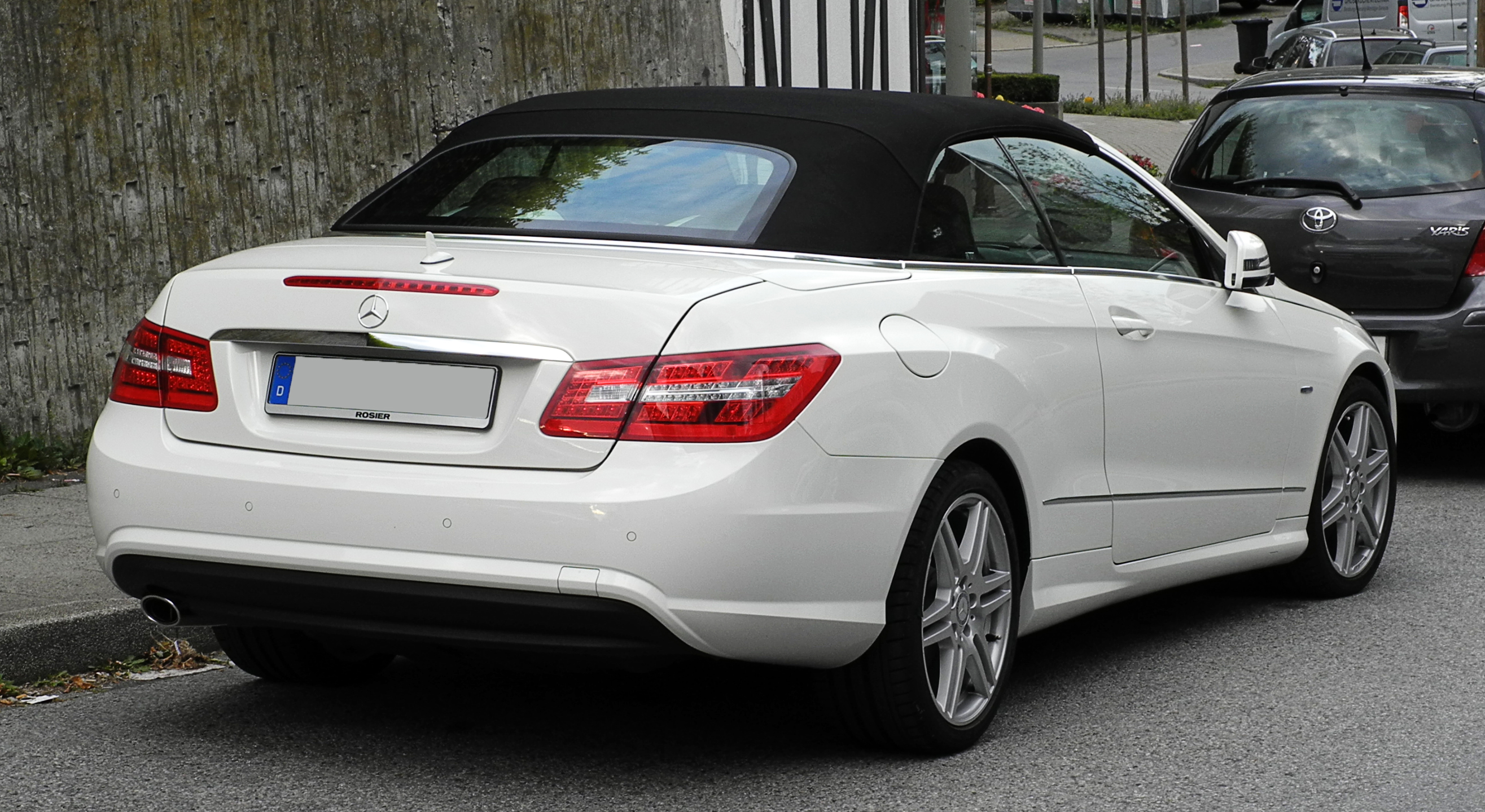 2015 Mercedes Benz C Class New Car Review in addition File Mercedes Benz E 250 CGI BlueEFFICIENCY Cabriolet Sport Paket AMG  A 207   E2 80 93 Heckansicht  1   4  Juni 2011  W C3 BClfrath furthermore How To Play Stream Music From Phone To Mercedes Car Stereo in addition 2011 additionally Mercedes Benz Cls 2006 2011 Fuse Box Location Diagram Assignments. on mercedes benz e 350 convertible