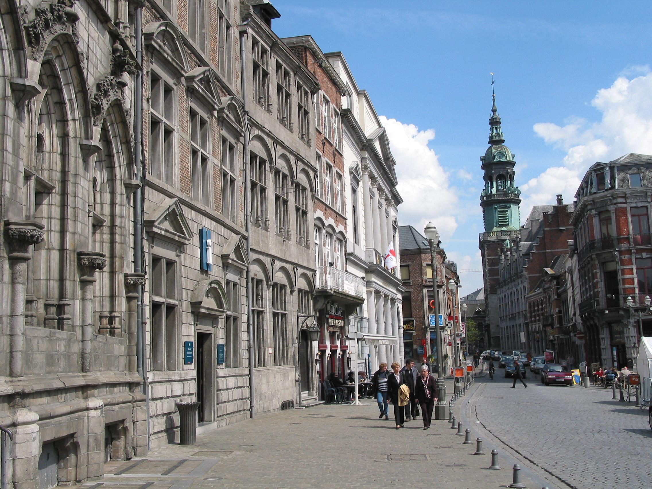 Mons / Bergen Belgium  city pictures gallery : Description Mons 050424 JPG103