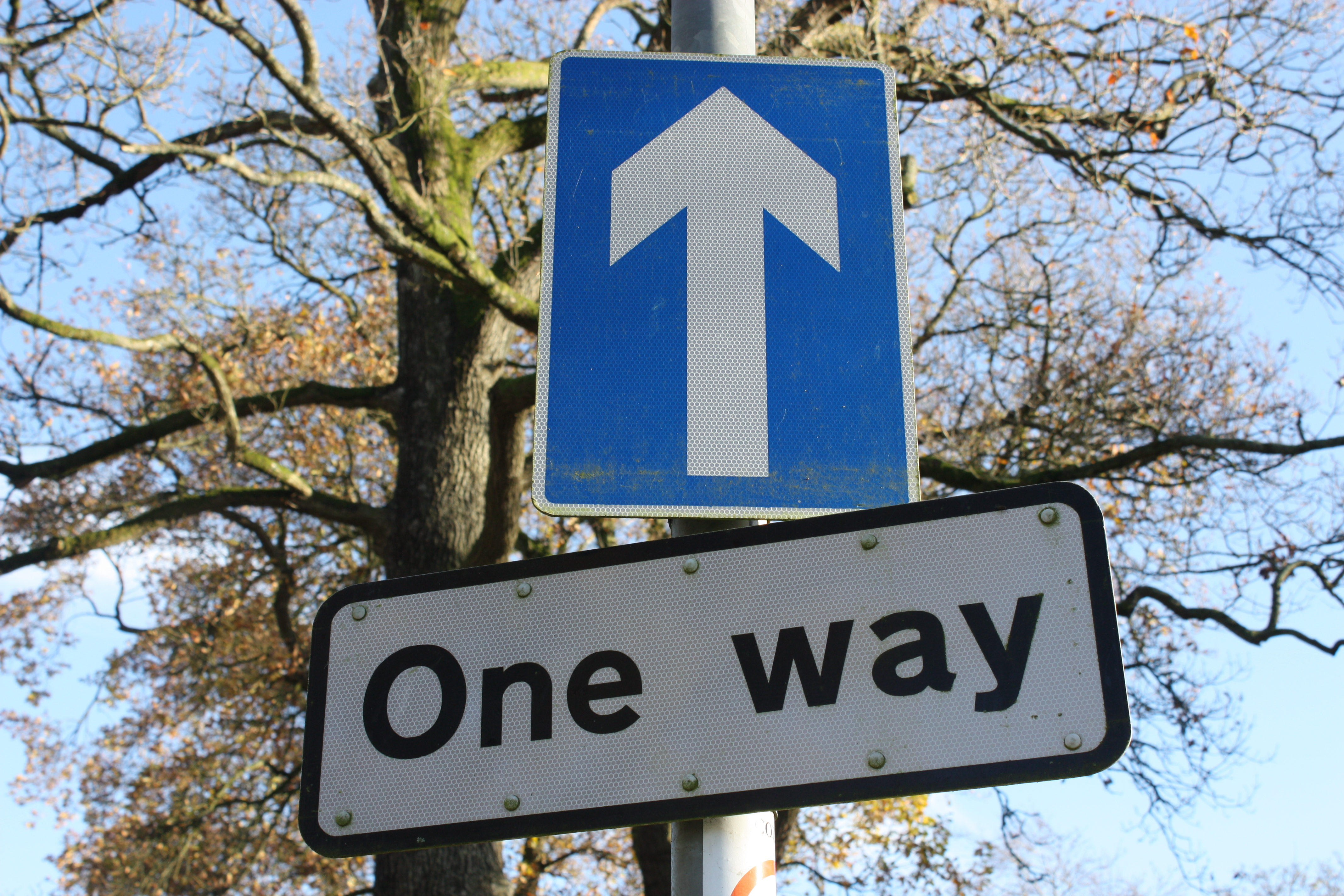 file one way sign spa county down november 2010 jpg
