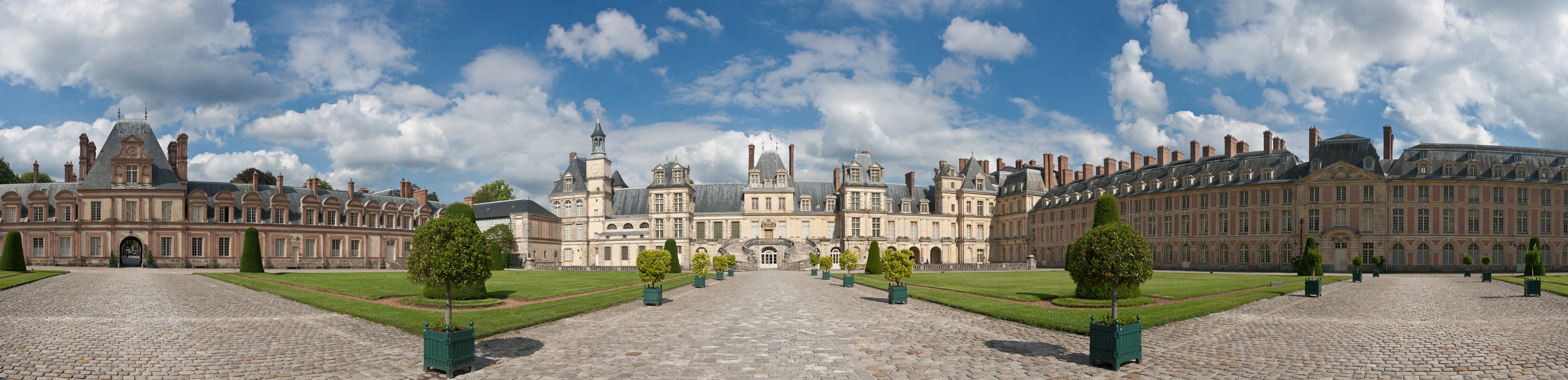 palace of fontainebleau familypedia fandom powered by wikia. Black Bedroom Furniture Sets. Home Design Ideas
