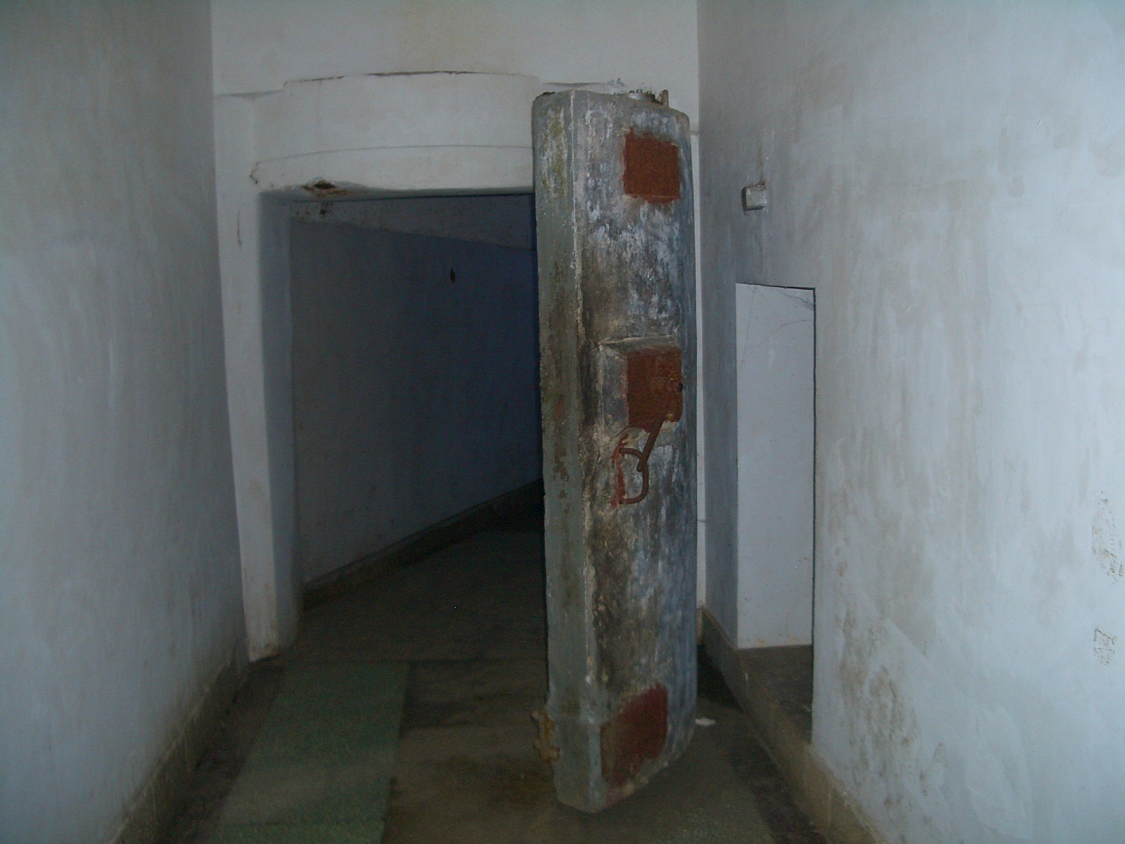 The door to the nuclear war shelter complex in the tunnels of Underground Project 131, in Hubei, China.