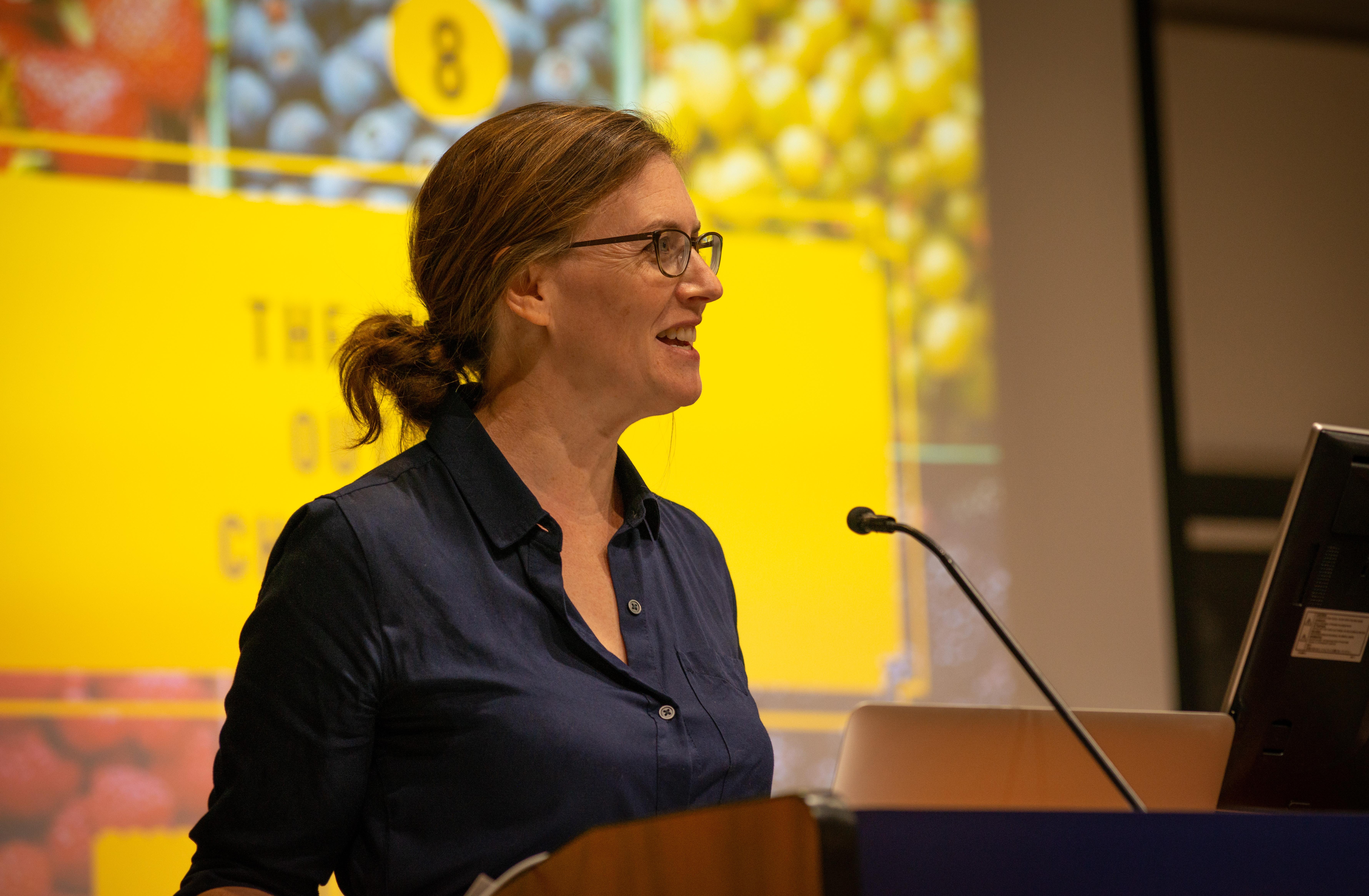 Image of Rebekah Modrak from Wikidata