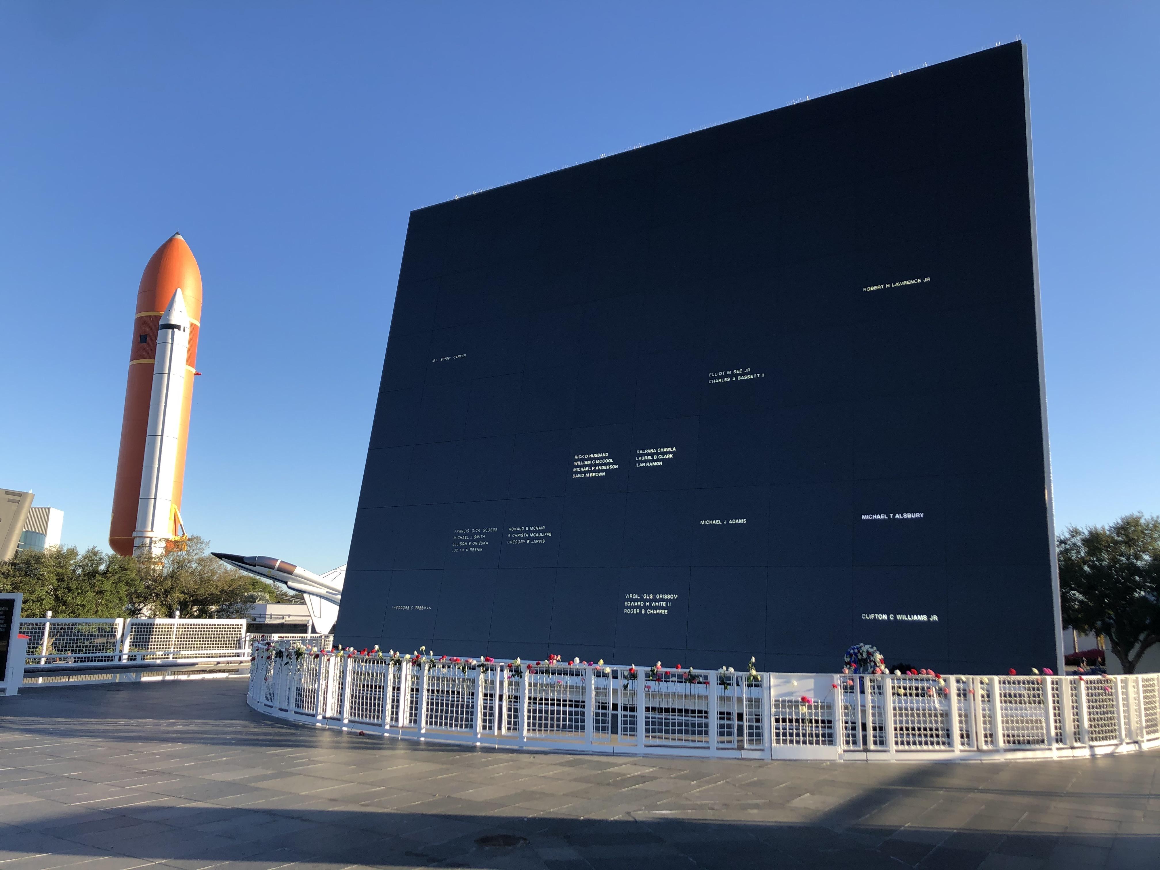 1991 Astronauts Memorial Foundation Dedication NASA Kennedy Space Center