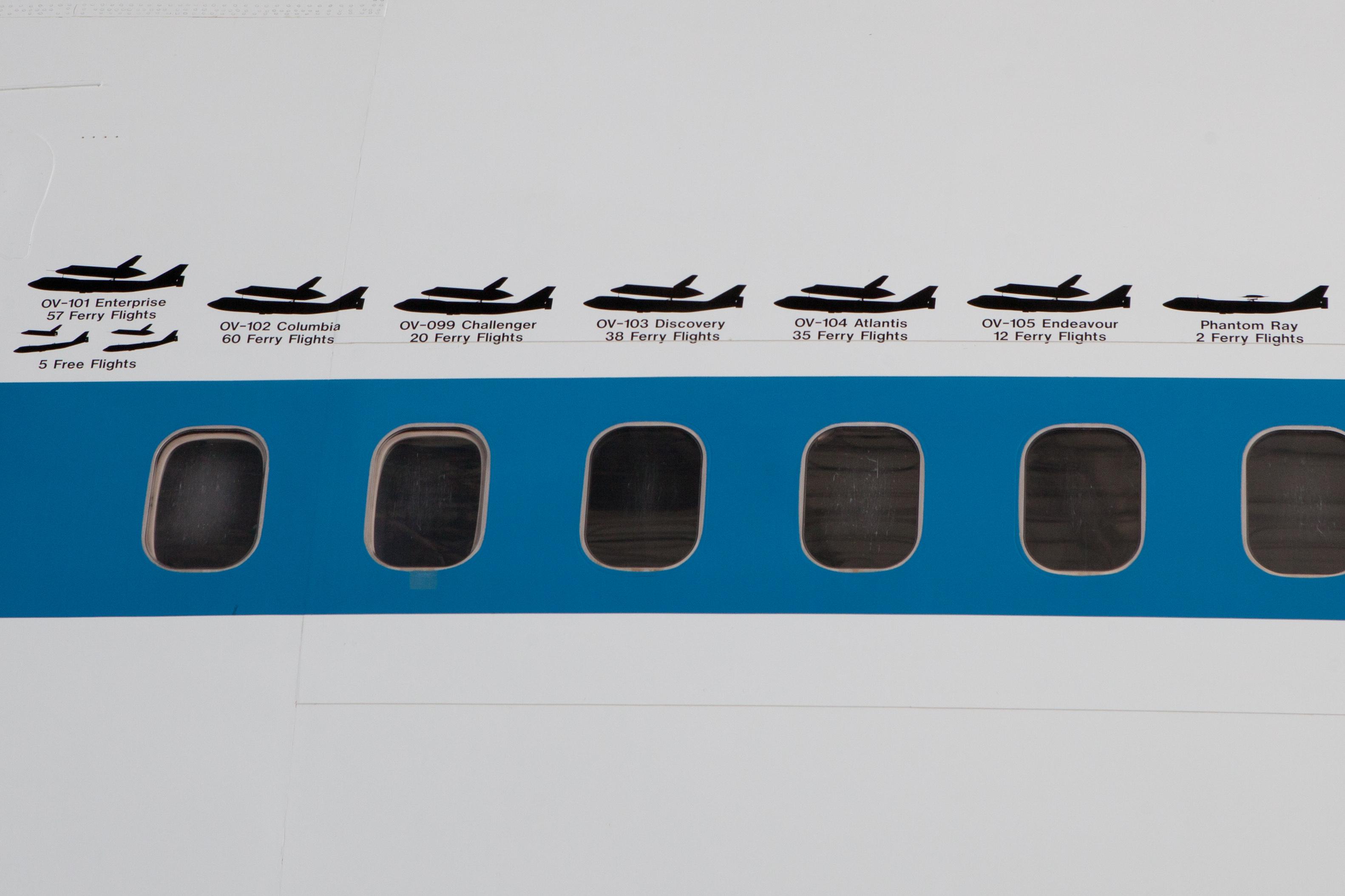 Shuttle_Carrier_Aircraft_-_Silhouettes.jpg