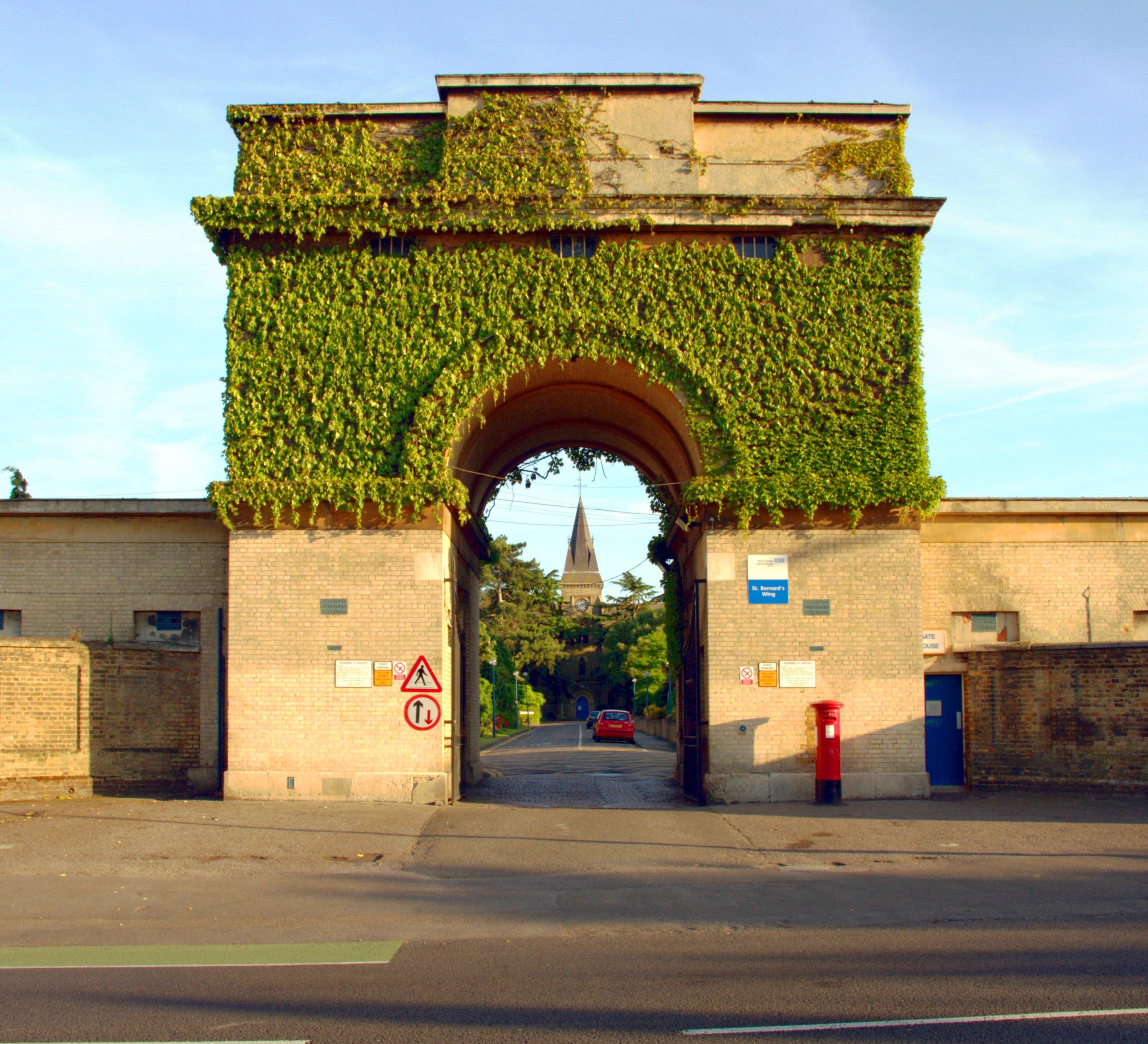 St Bernard's Gate House (Grade II)