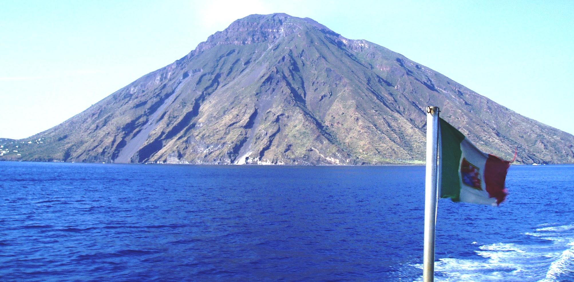 Resultado de imagem para Stromboli