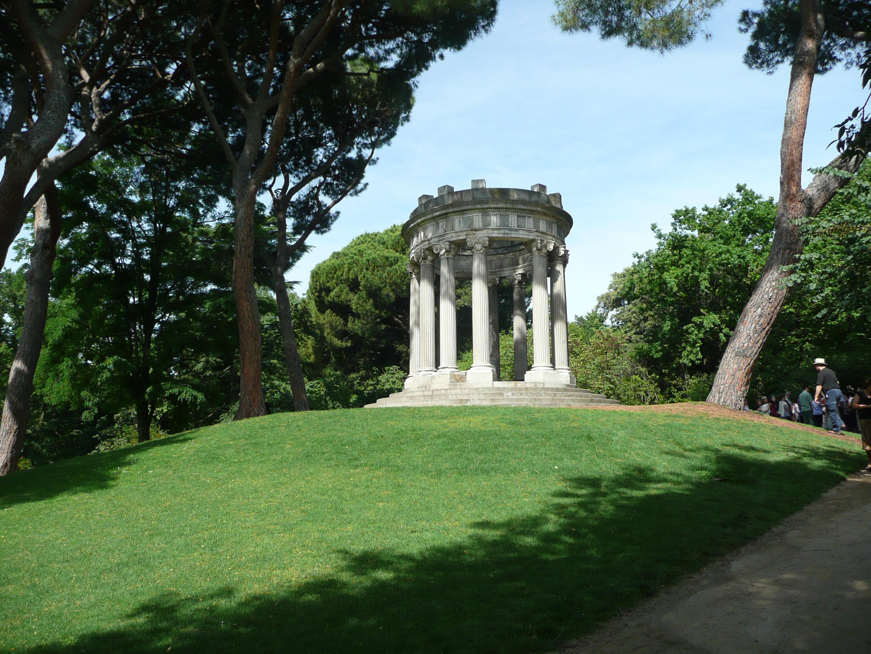 File templete del parque del capricho for Casa y jardin madrid