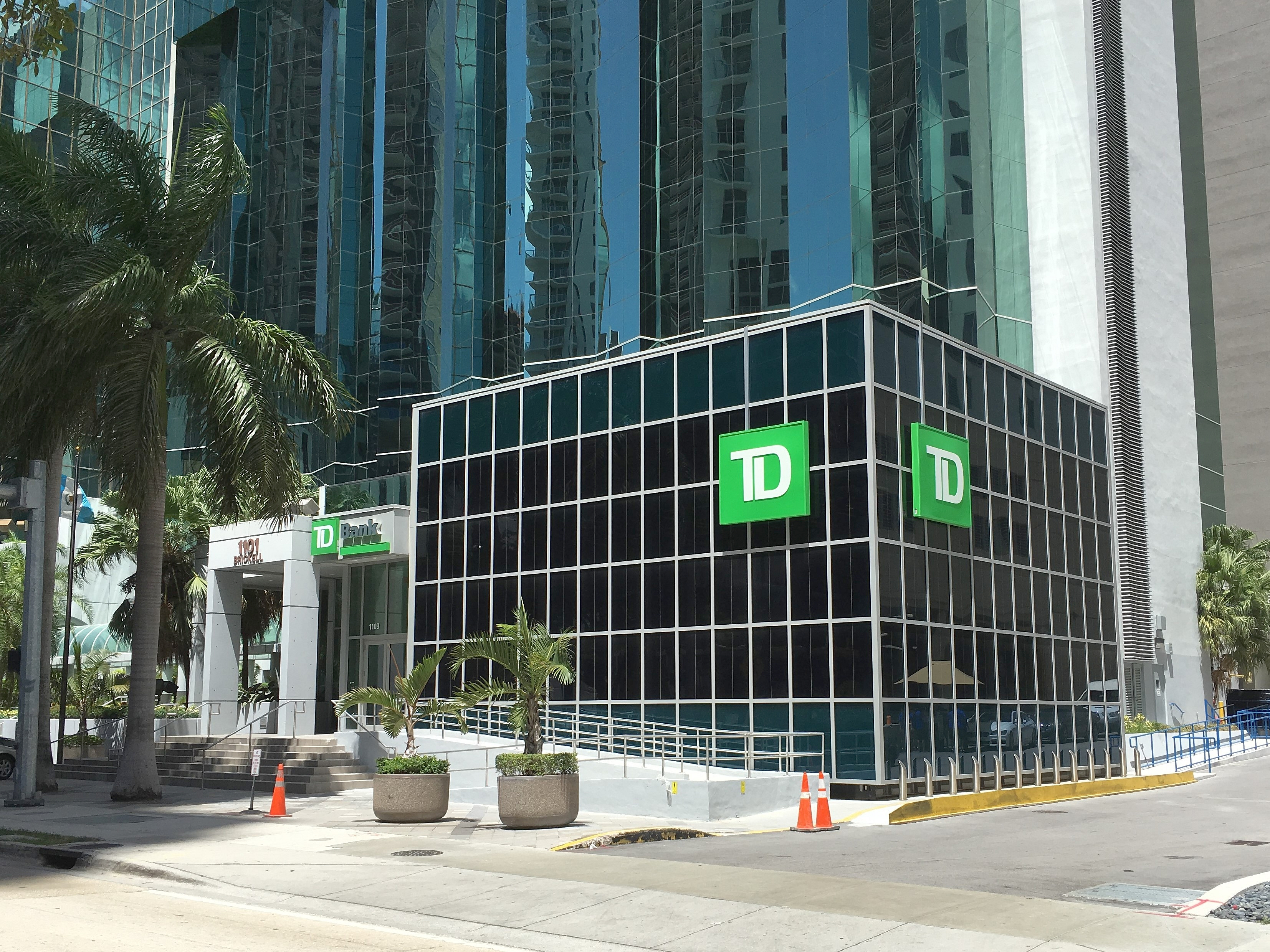 Toronto dominion bank wiki everipedia - Td canada trust toronto head office ...