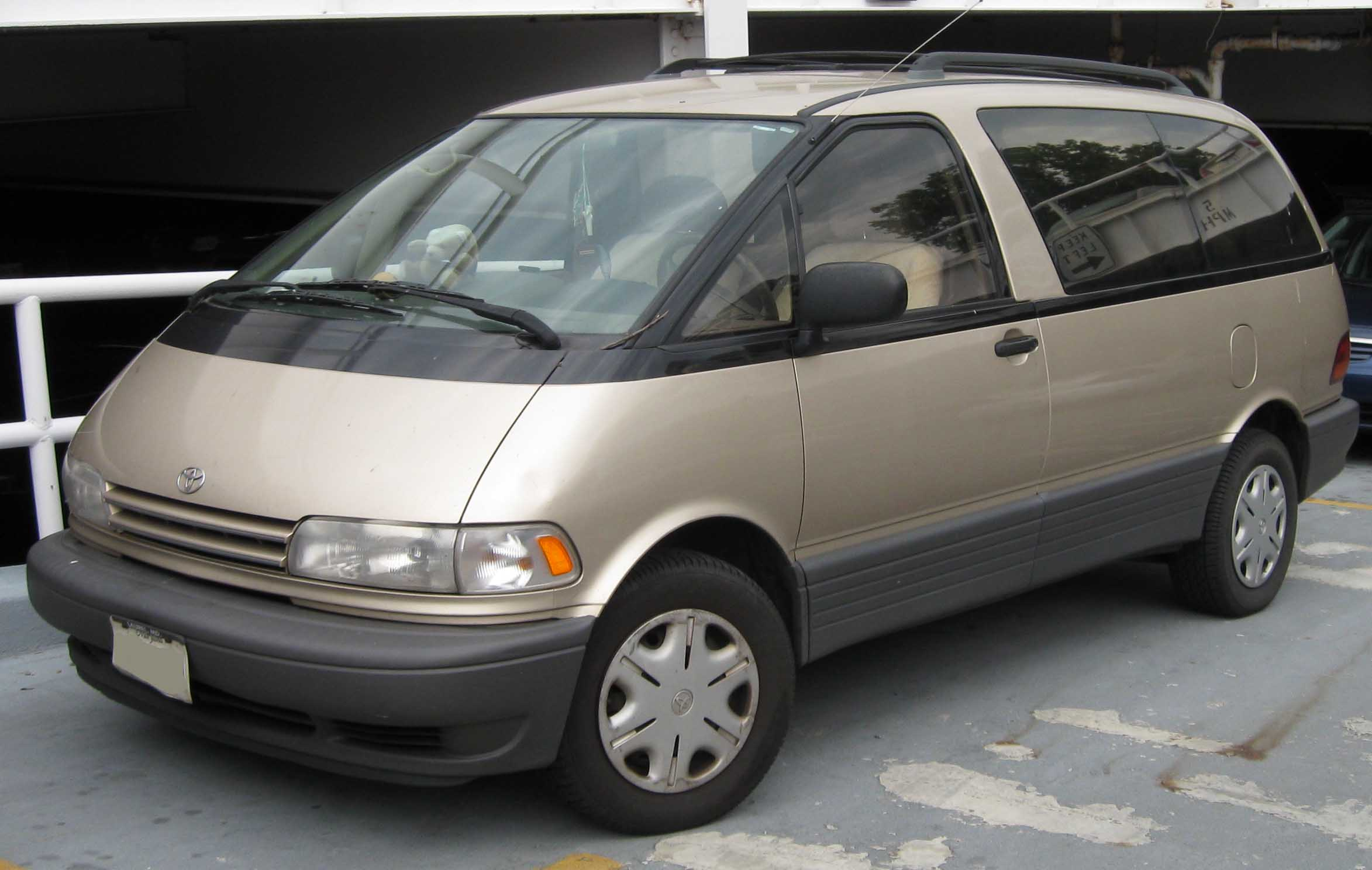 Minivan For Sale >> File:Toyota Previa .jpg - Wikimedia Commons