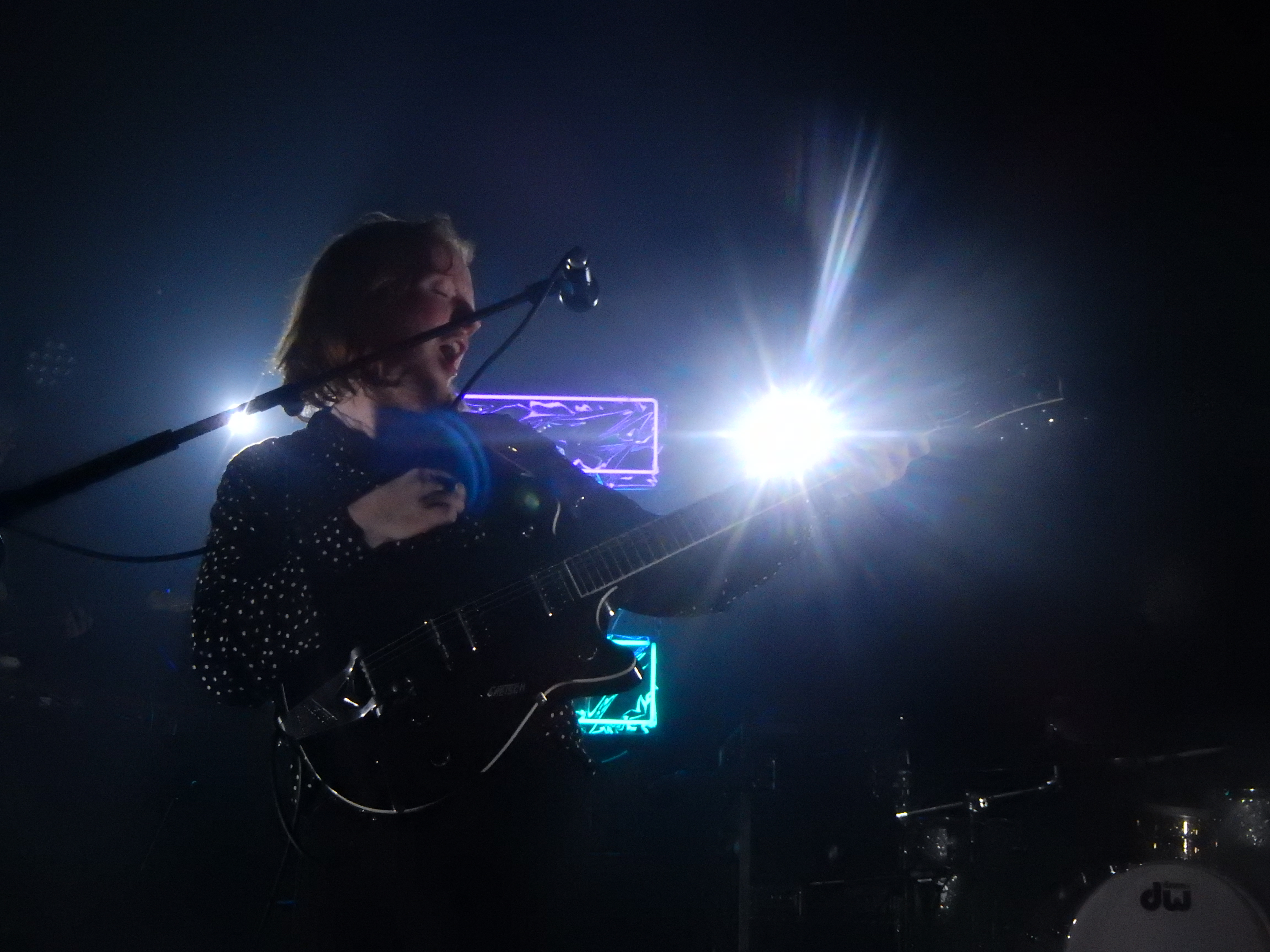 File:Two Door Cinema Club, Tufnell Park Dome, London (29904589676