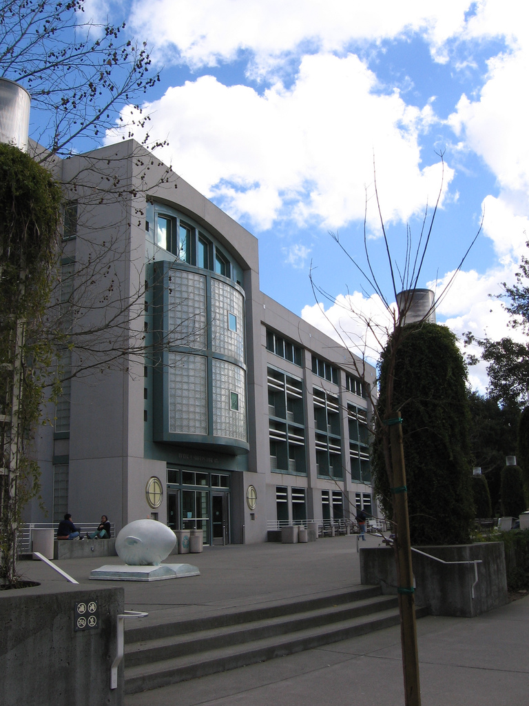 UC_Davis_Shields_Library