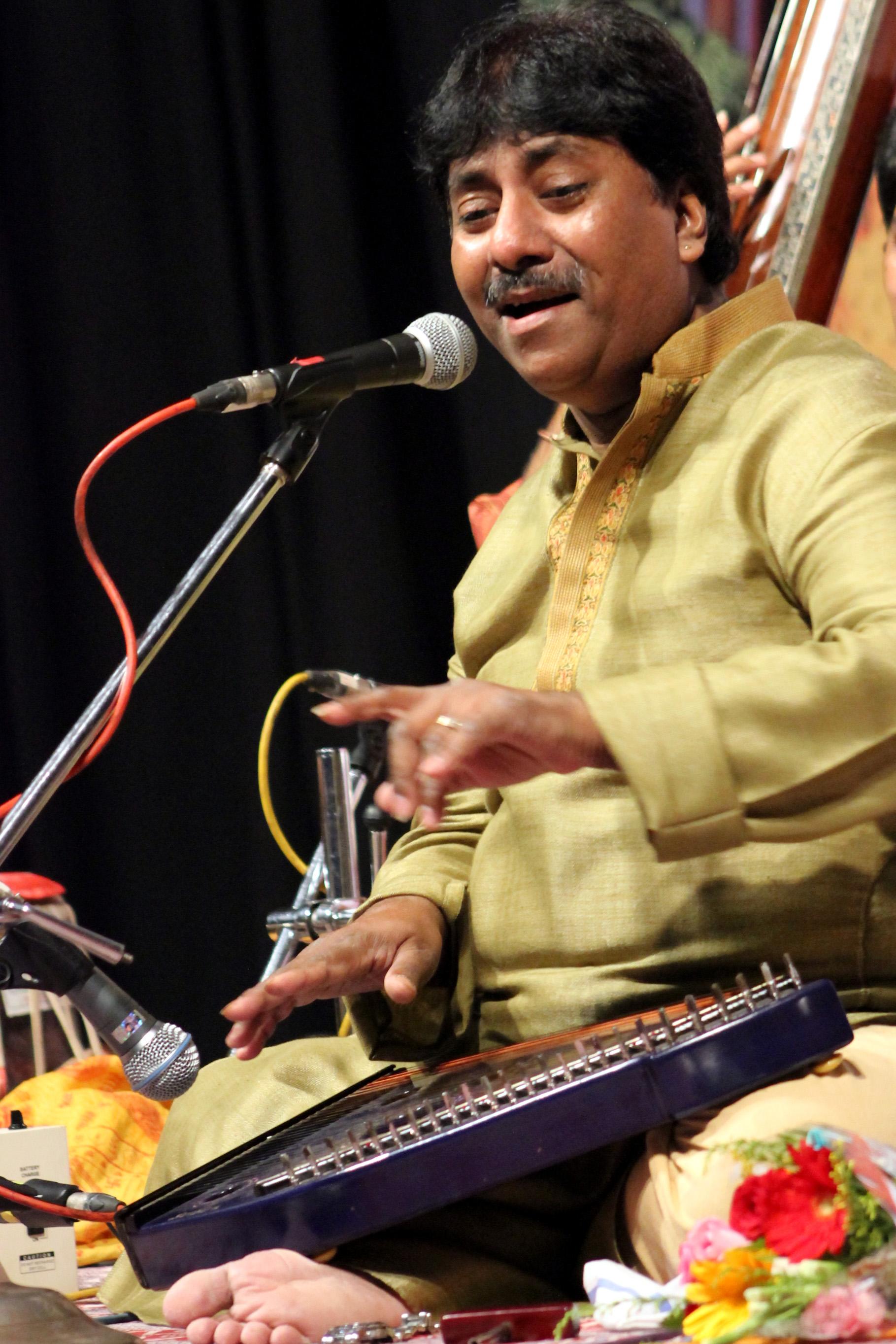 baithaki rabi by ustad rashid khan mp3 songs
