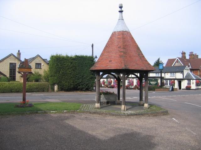 Village centre, Henlow, Beds - geograph.org.uk - 50183