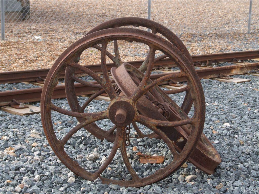 Filevolks electric railway three old wheelsg wikimedia commons filevolks electric railway three old wheelsg publicscrutiny Choice Image