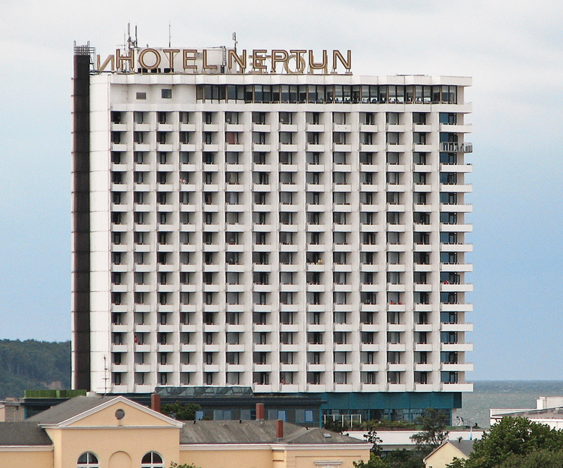 Hotel neptun wikipedia for Hotels in warnemunde mit meerblick