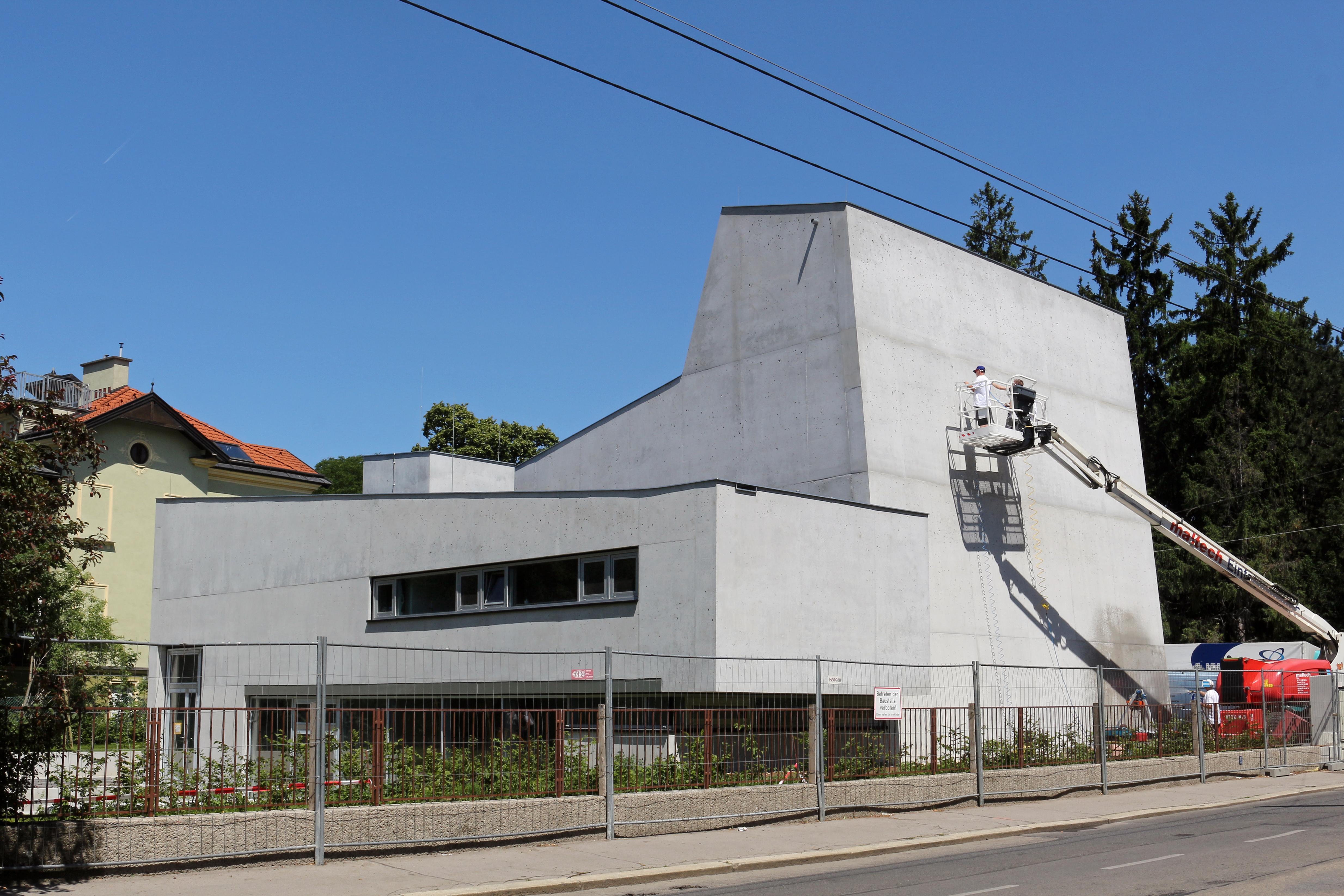 File:Wien-Penzing - Neubau der Neuapostolischen Kirche.jpg ...