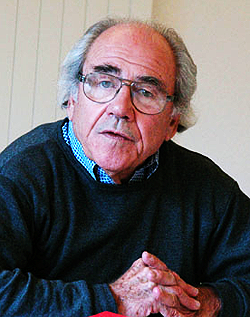 Baudrillard in 2004 at the [[European Graduate School]]