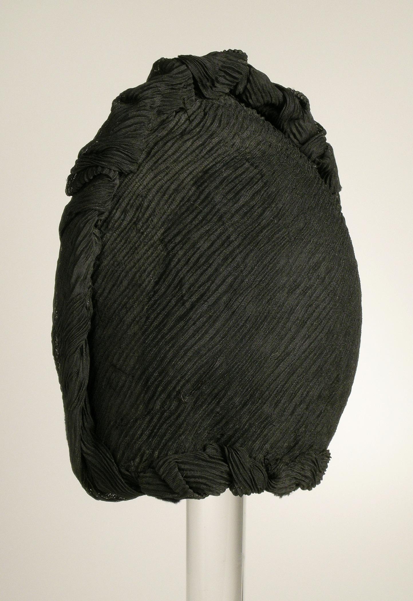 a13e55d83fd Crêpe (textile) - Wikipedia