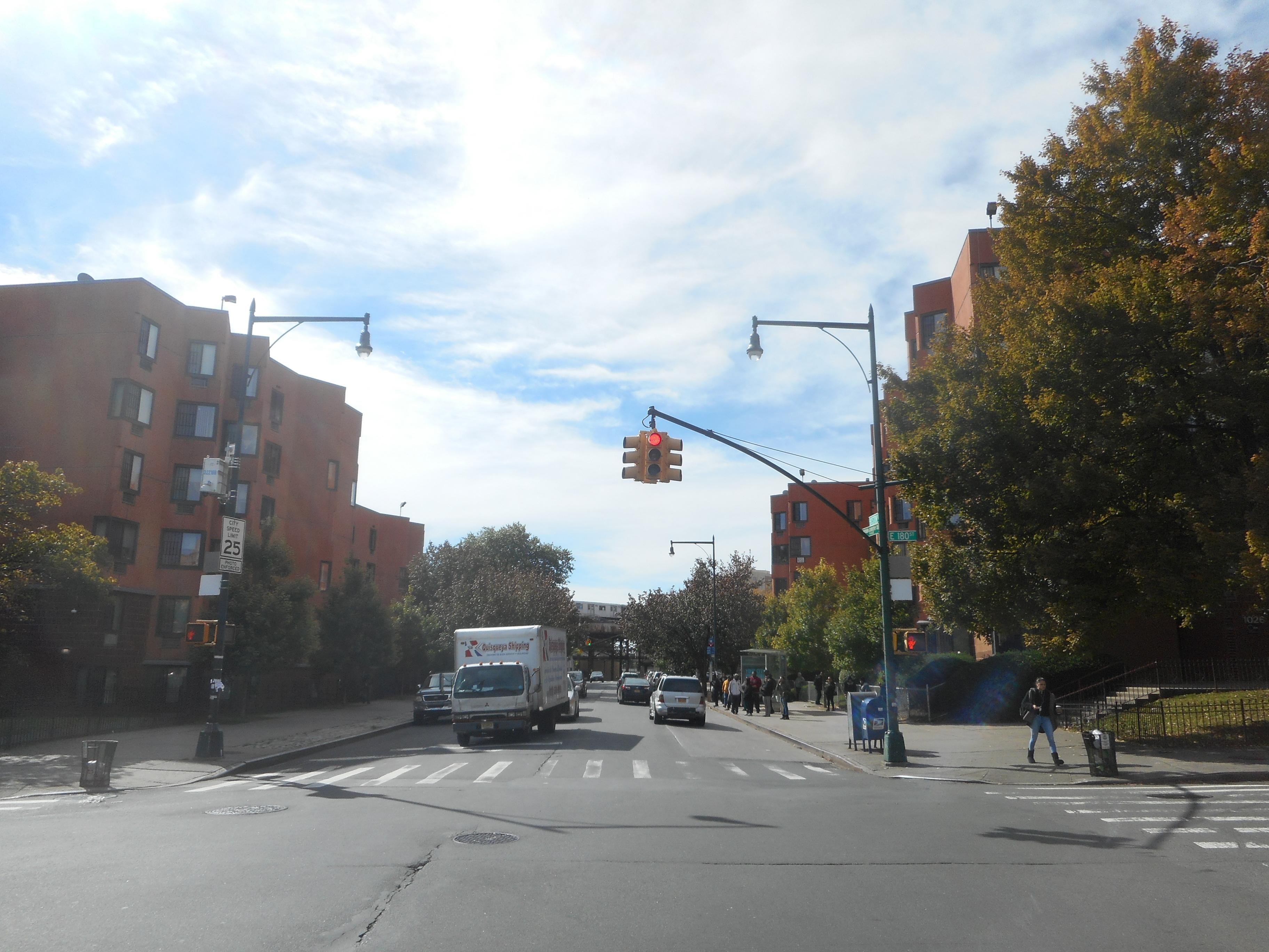 File 180th Street Bronx Park Irt Wpr Site 4 Jpg Wikimedia Commons