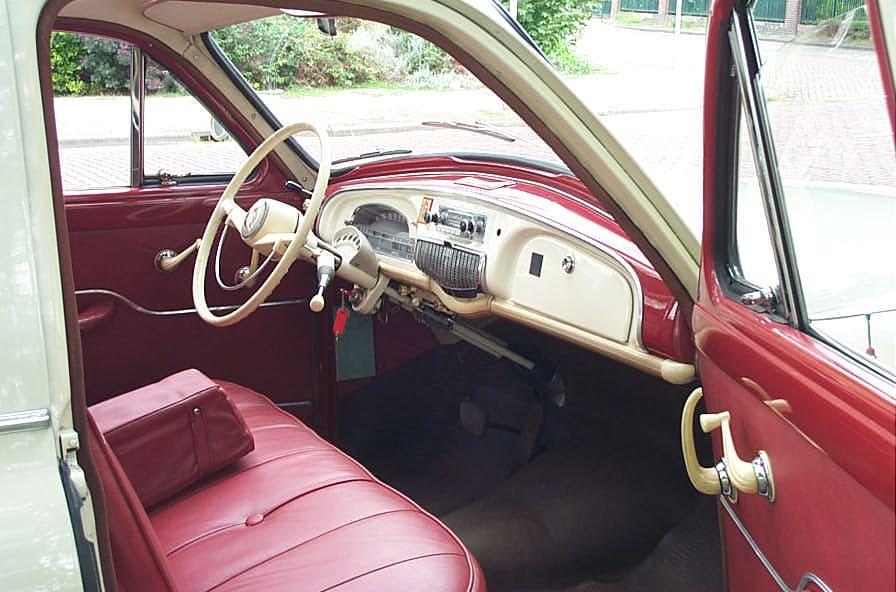 File 1959 renault fr gate transfluide for Interieur 4cv