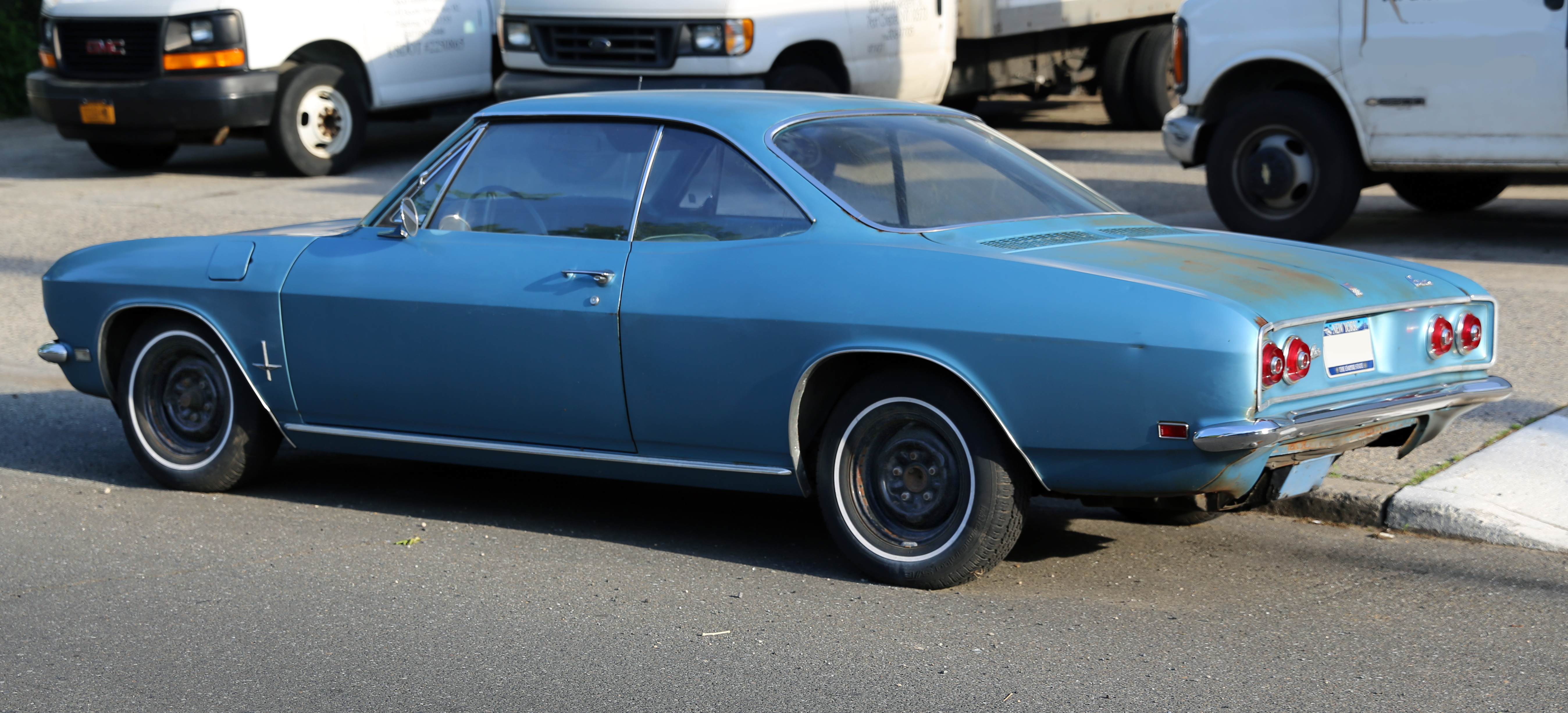 File:1968 Chevrolet Corvair 110 coupé rear.jpg - Wikimedia Commons