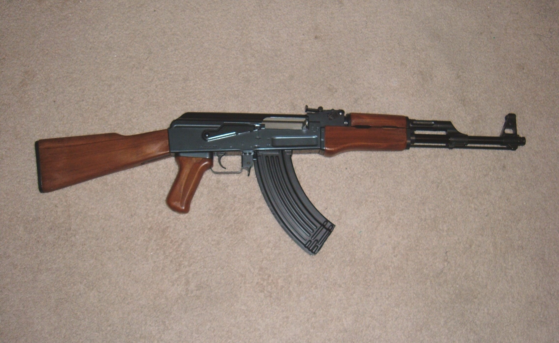 AK47 Kalashnikov Information and Pictures