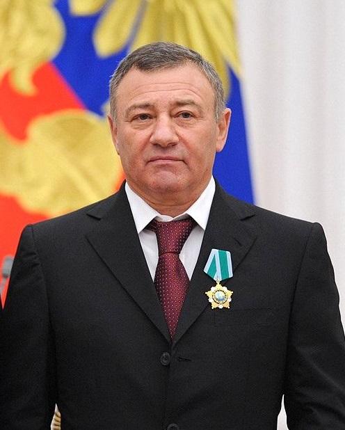 Arkadi_Rotenberg_-_Moscow_Kremlin_29_Oct