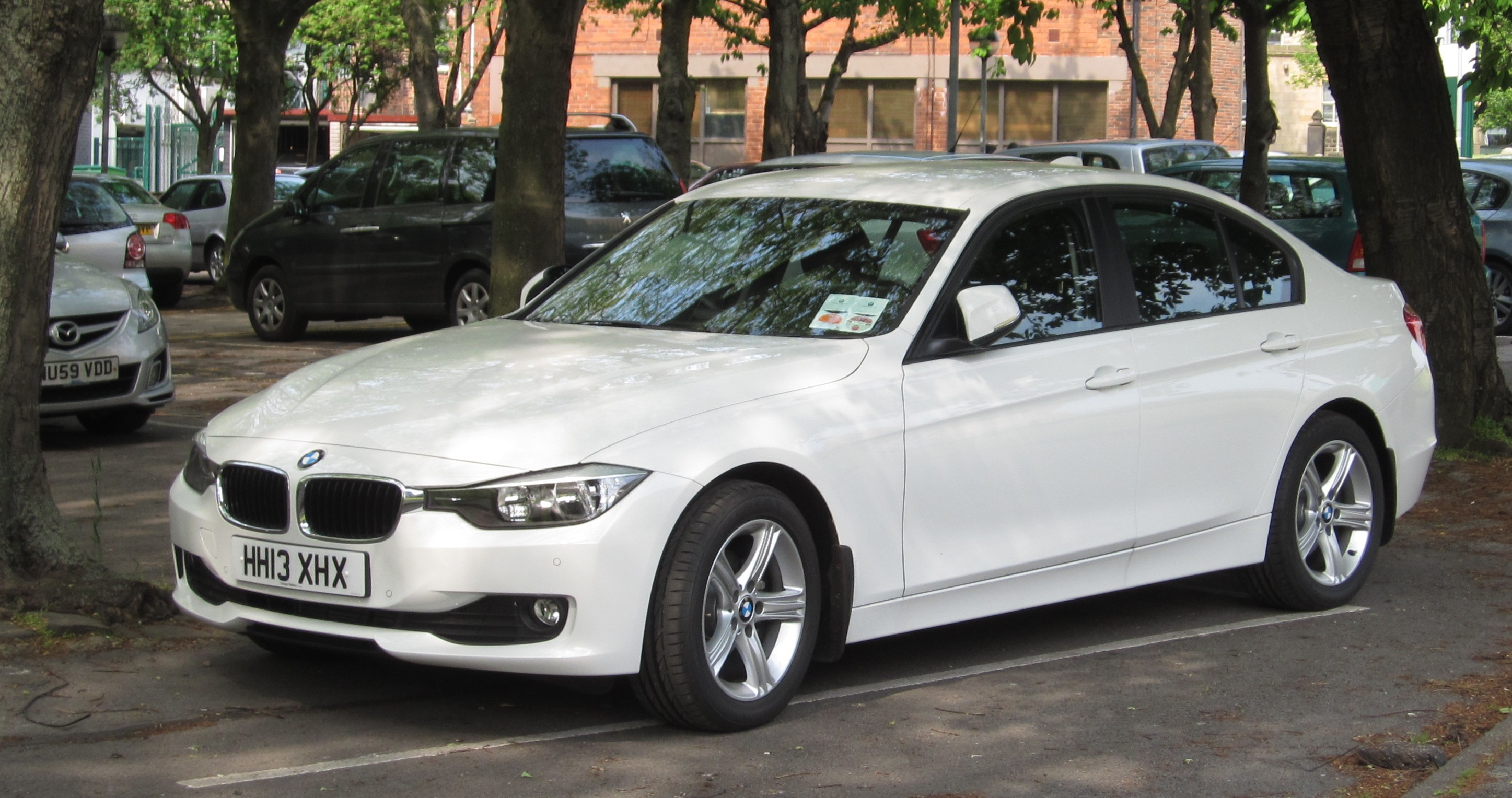 File Bmw 316i F30 Registered May 2013 1598cc 02 Jpg