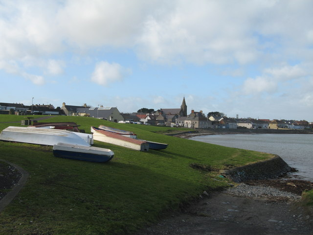 File:Ballywalter from the Harbour - geograph.org.uk - 714586.jpg