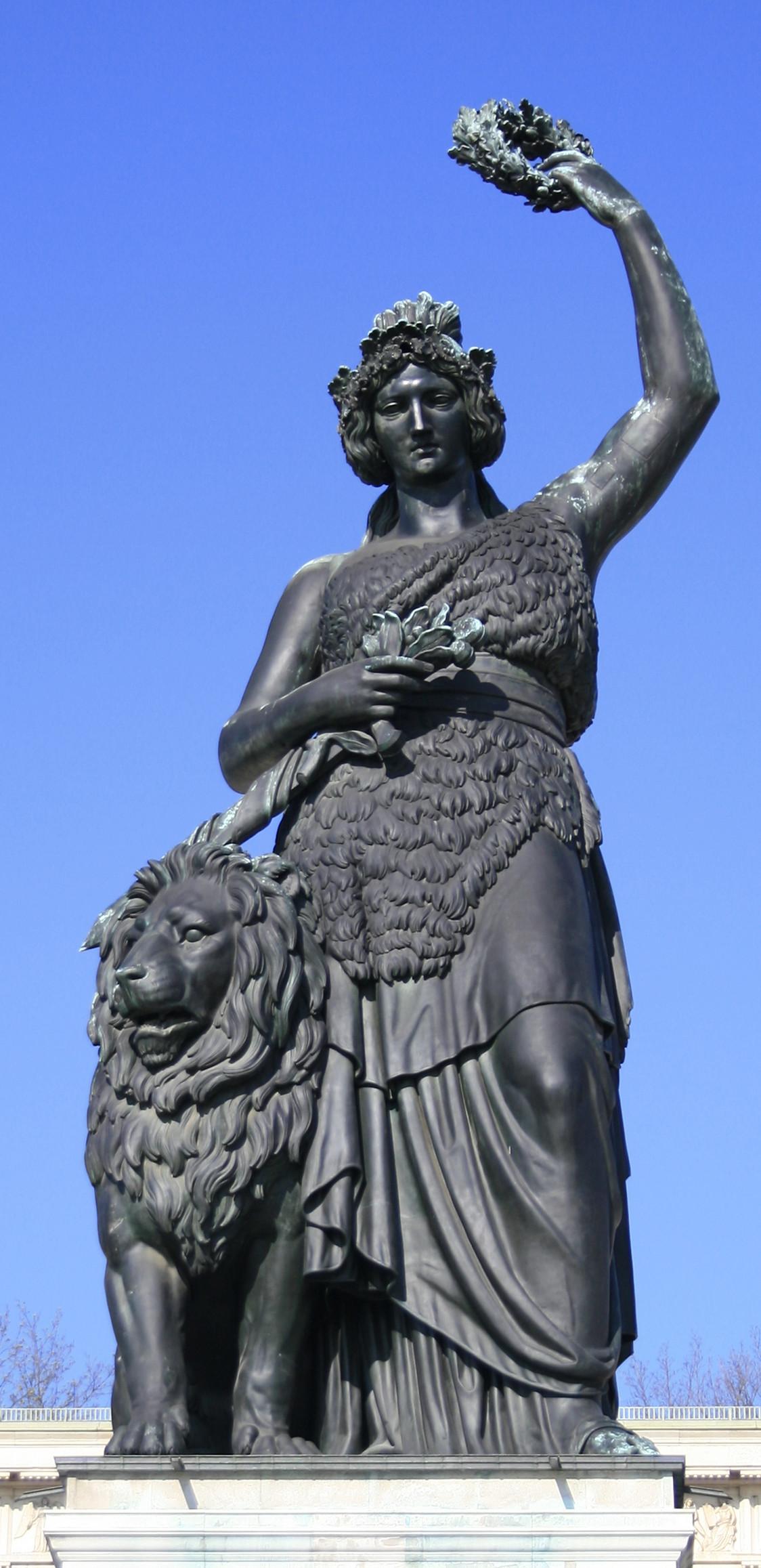 Bavaria statue - Wikipedia