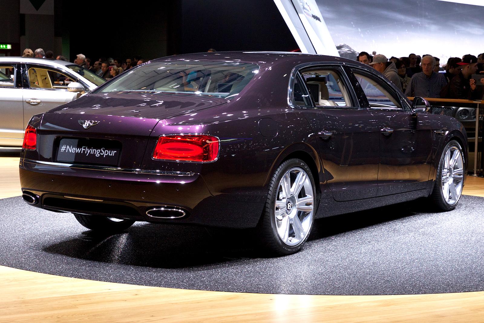 Bentley flying spur length